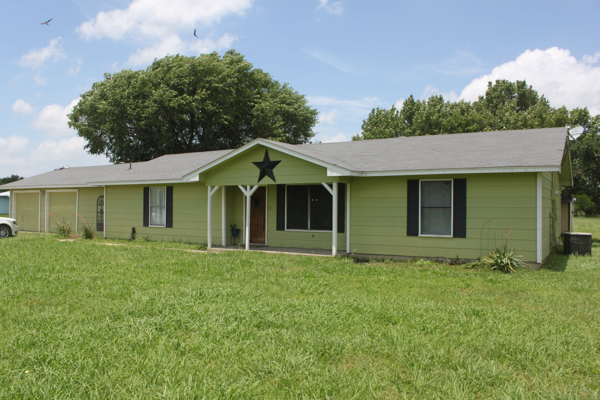 Caddo Mills Home for Sale on 1.23 Acres