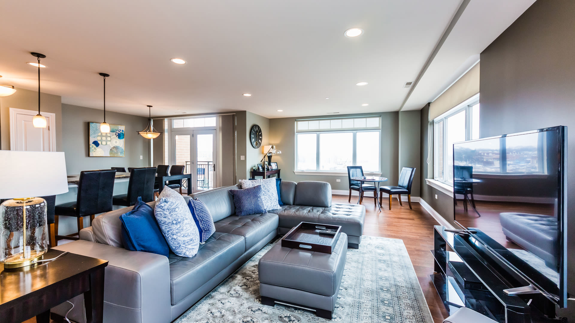 Open House, 600 w Touhy #306, Park Ridge, IL 60068 Sunday, February 25, 2018 from 1-3pm