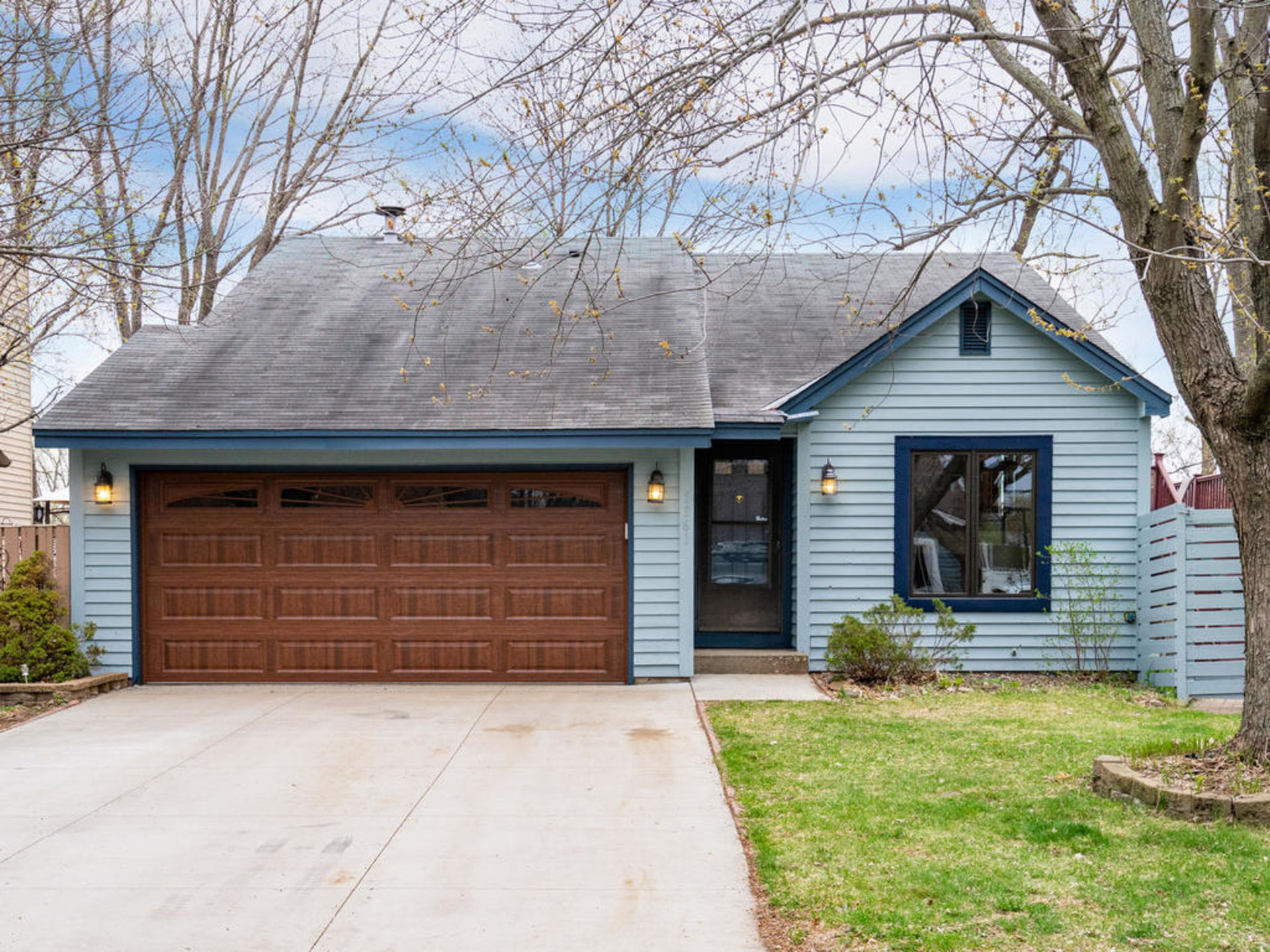 1361 Knoll Drive | Shoreview