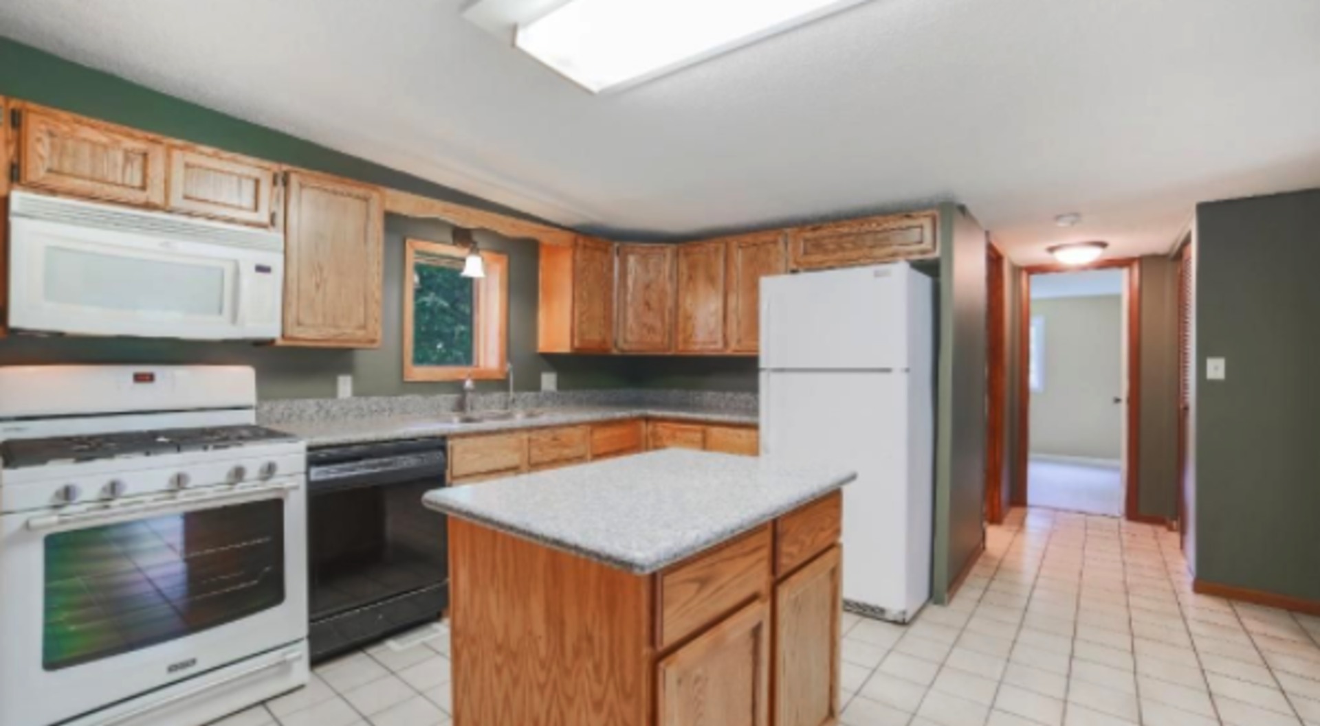 16215 Lexington Avenue NE, Ham Lake, MN