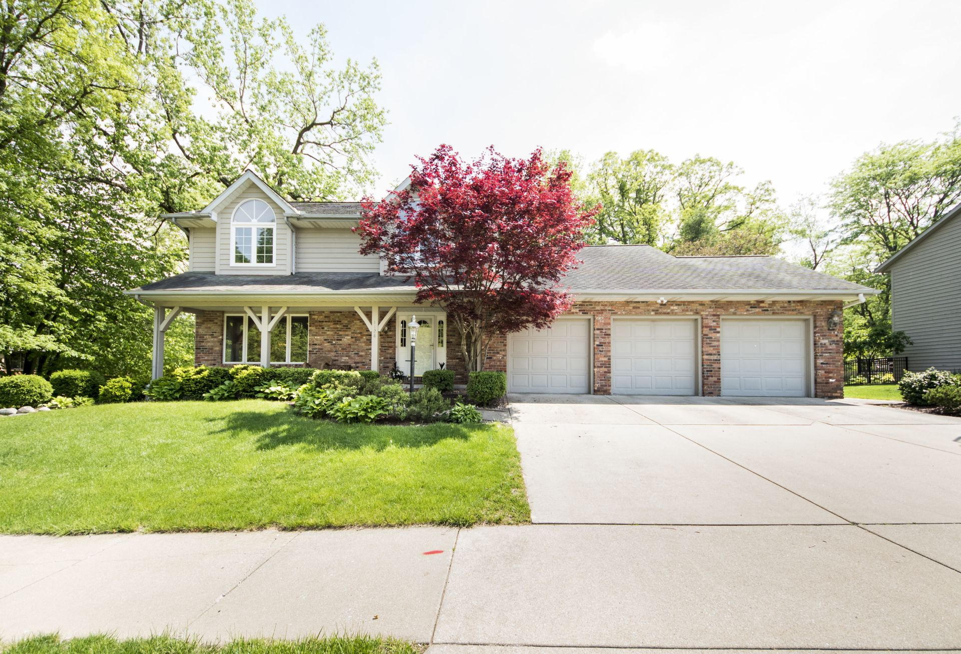 SOLD!! 1128 W. Brookforest Drive, Peoria