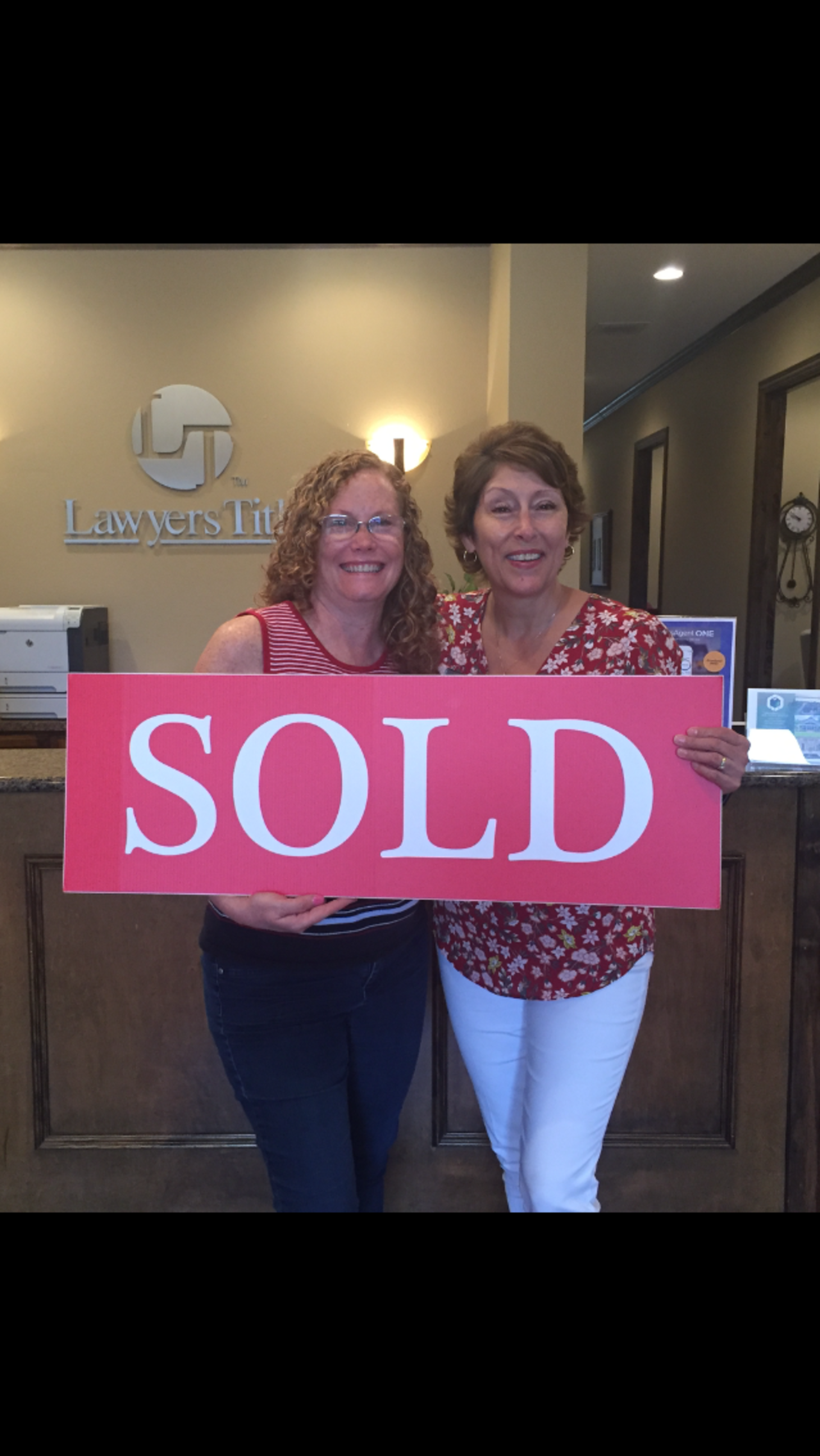 Mary Manesse – Happy Home Seller
