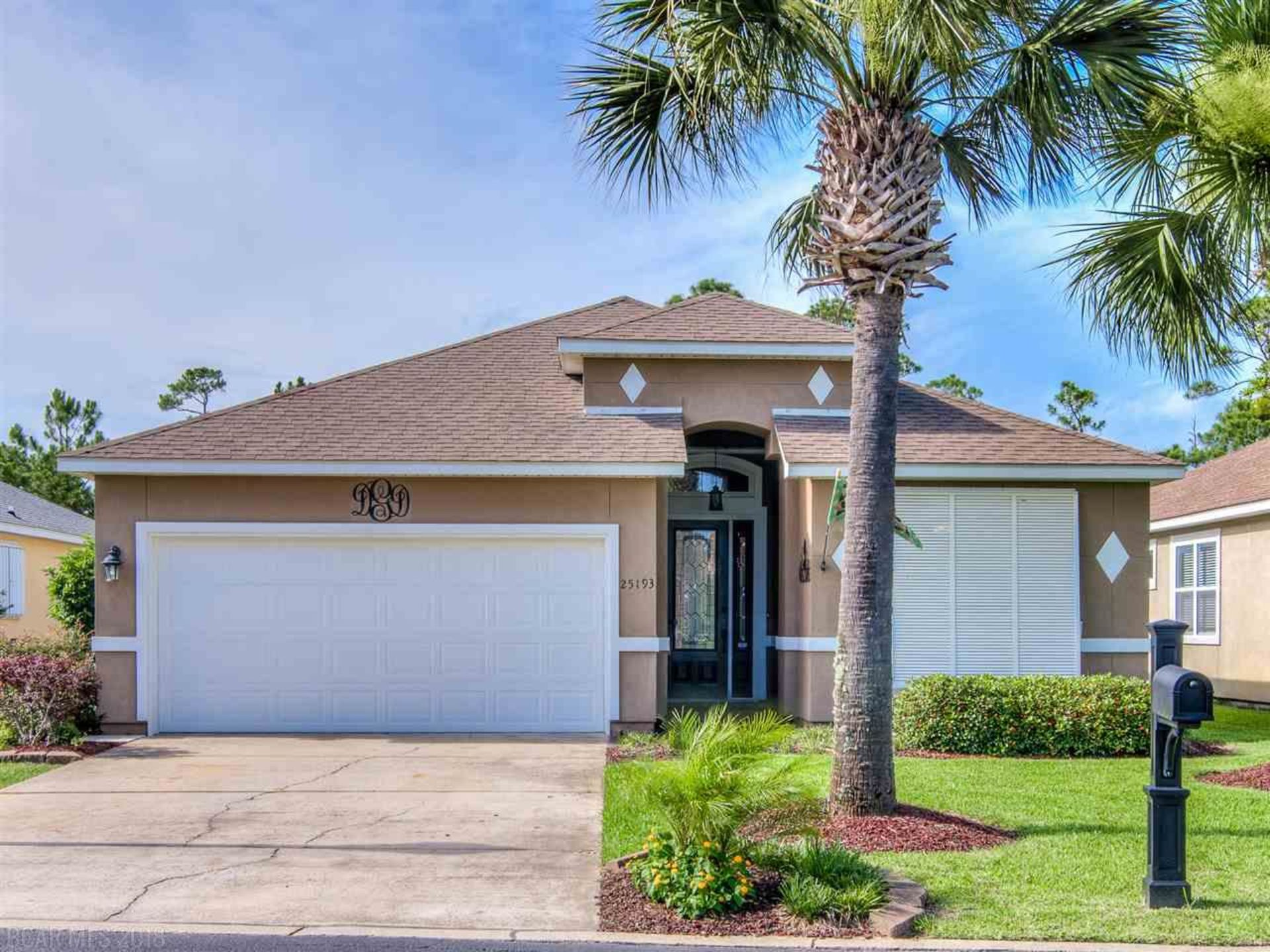 Homes for Sale in Windward Lakes
