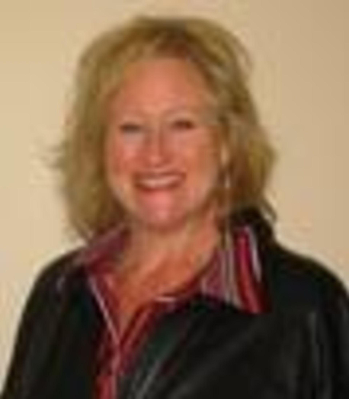 Melany Holton