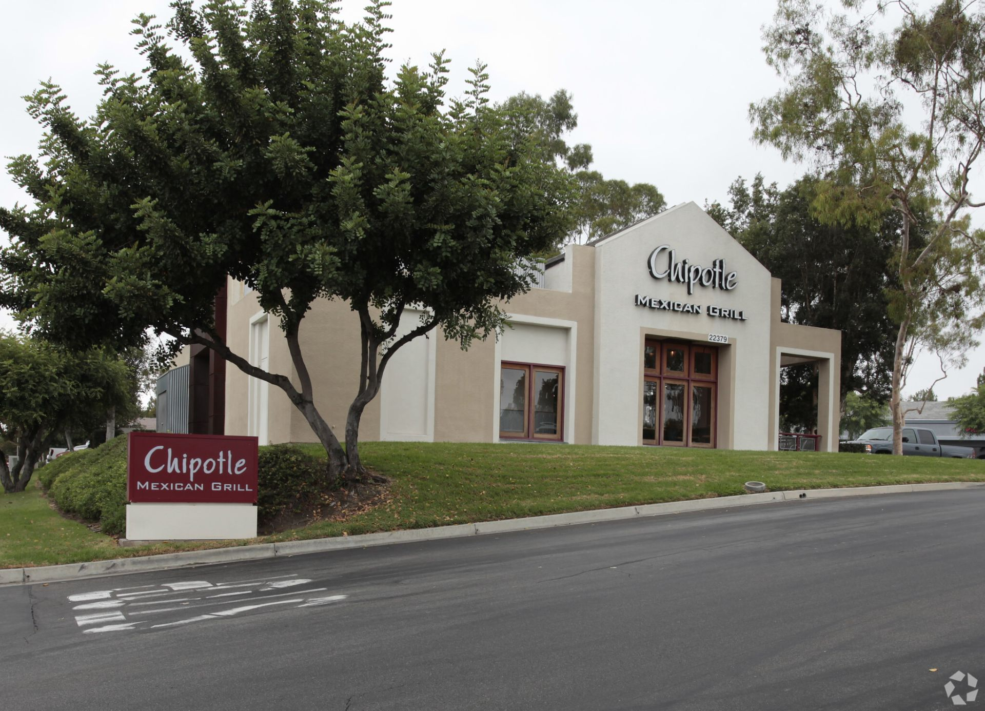 Chipotle Scouts for Post-Pandemic Real Estate Expansions