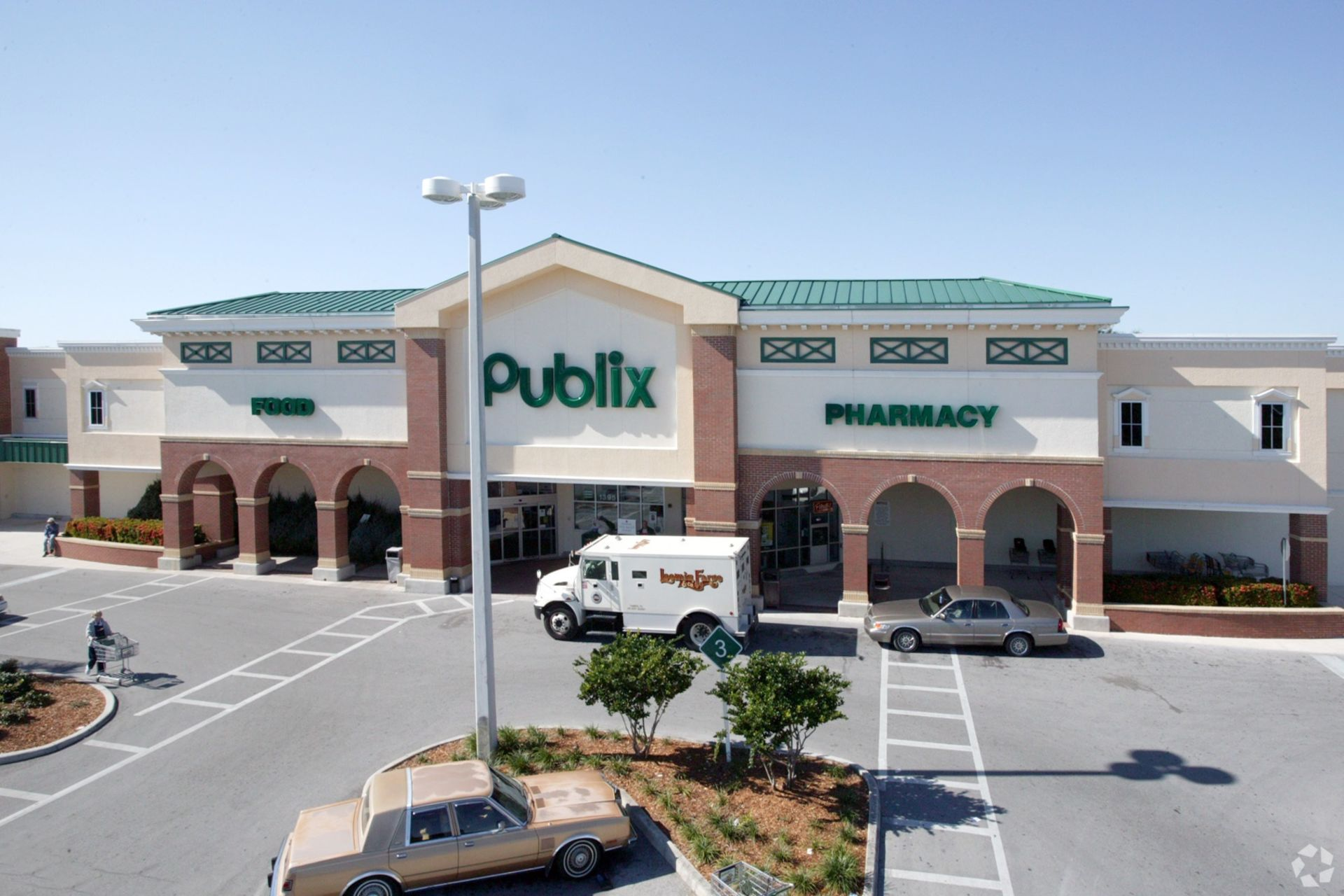 Publix Snags Miami Retail Center, Land for New Store