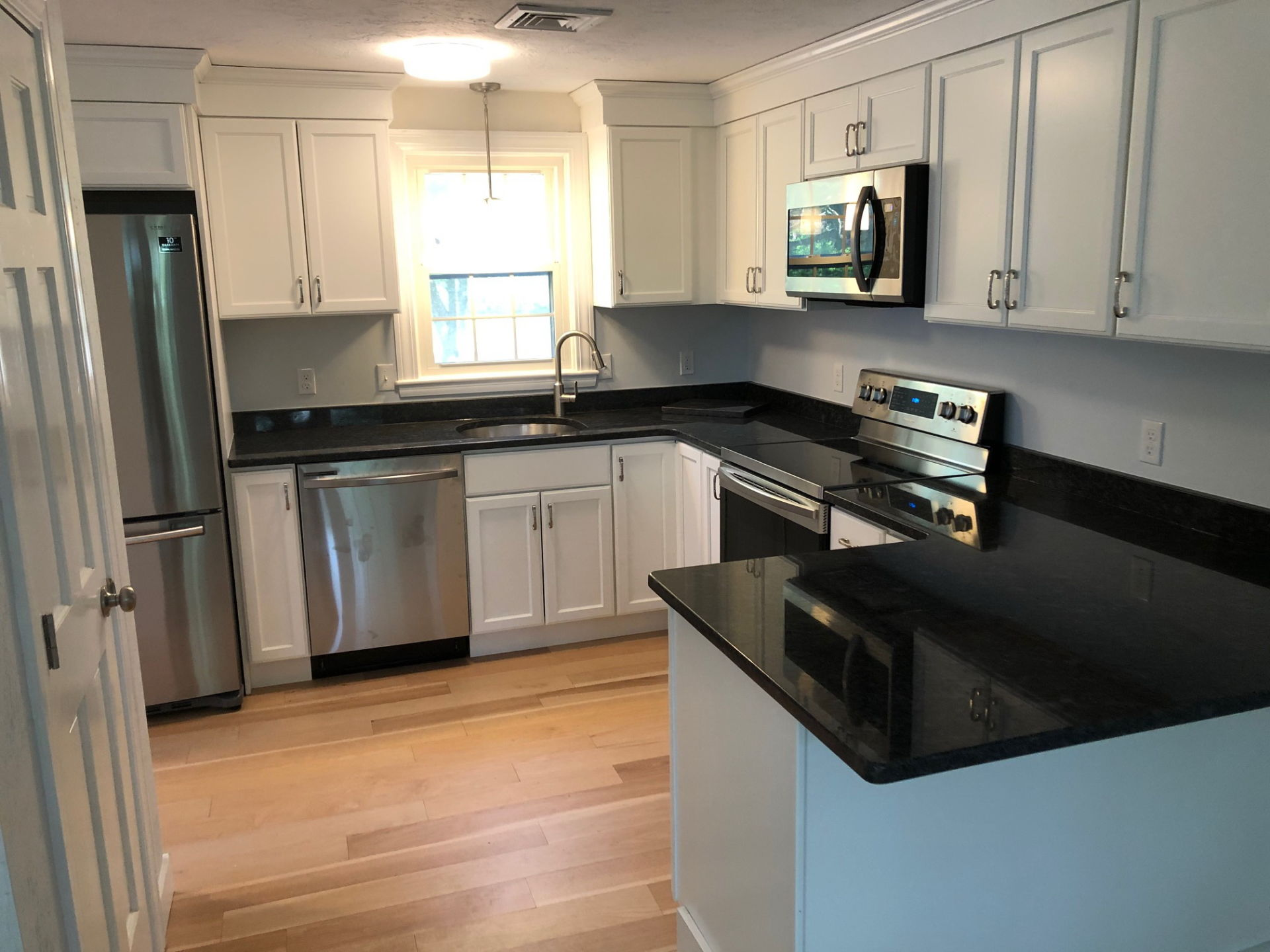 Renovated Plymouth condo to hit market this weekend