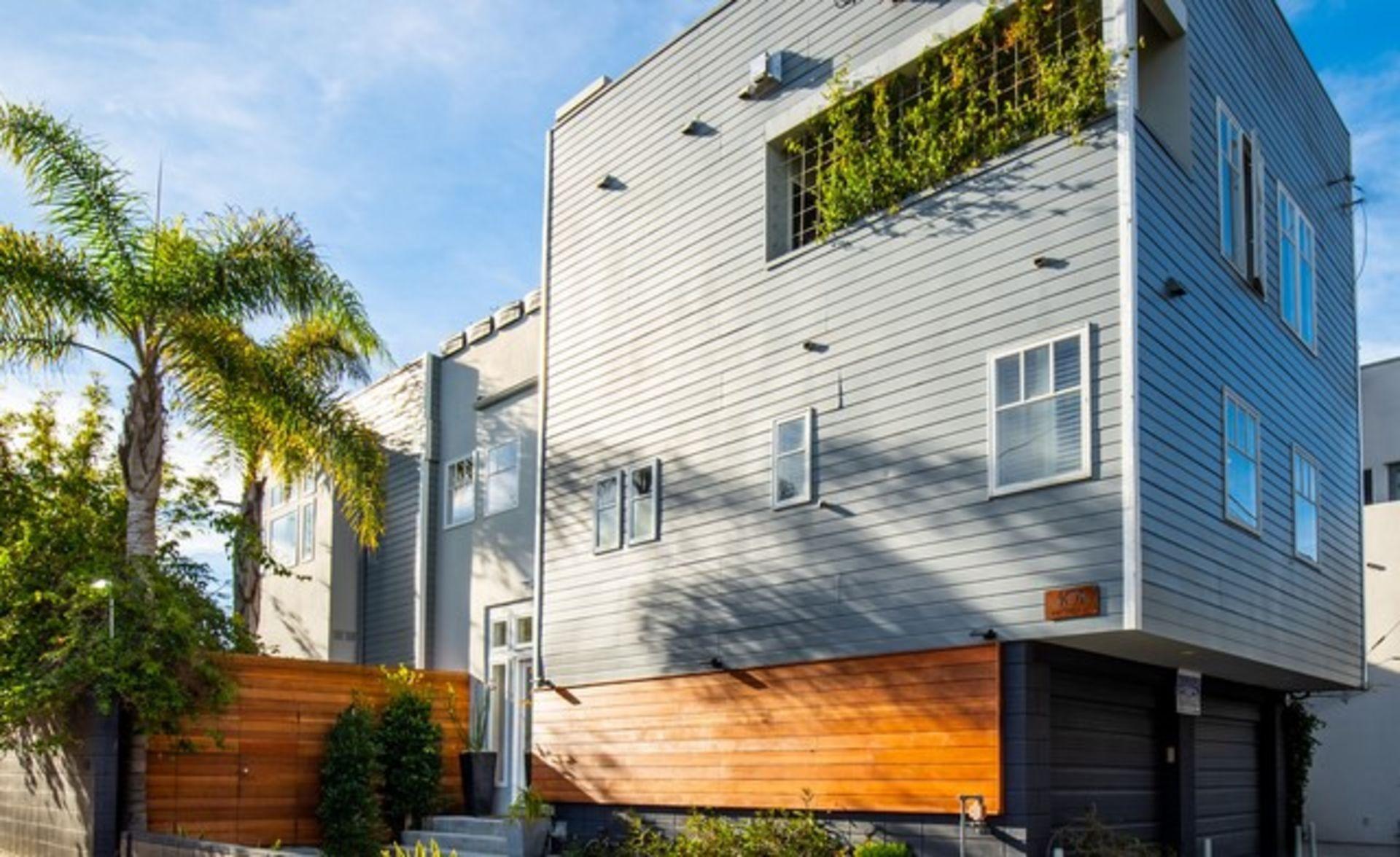Sleek Venice Walkstreet Duplex w/ Panoramic Views