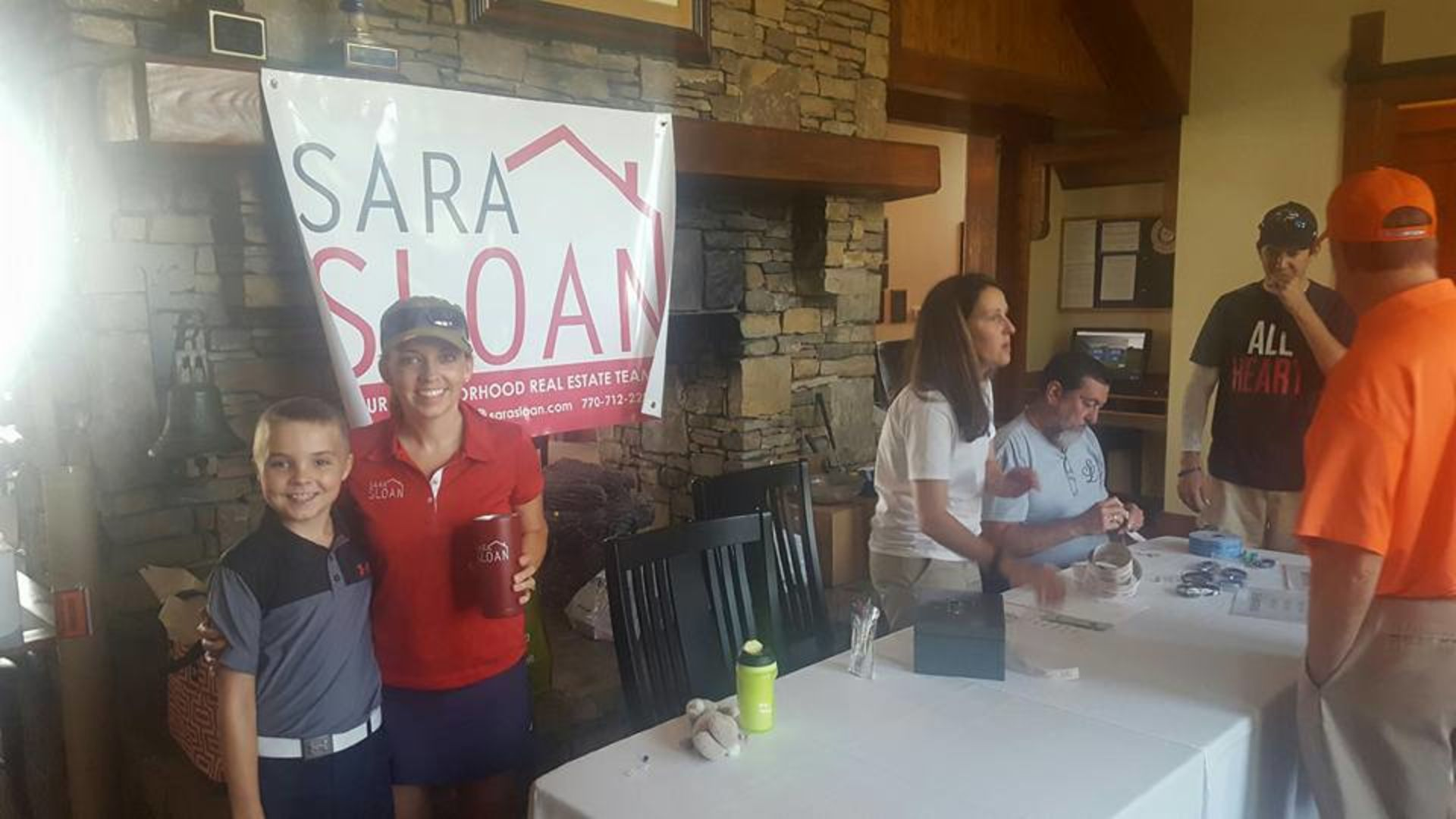 Sara Sloan Team gives back – charity golf tournament