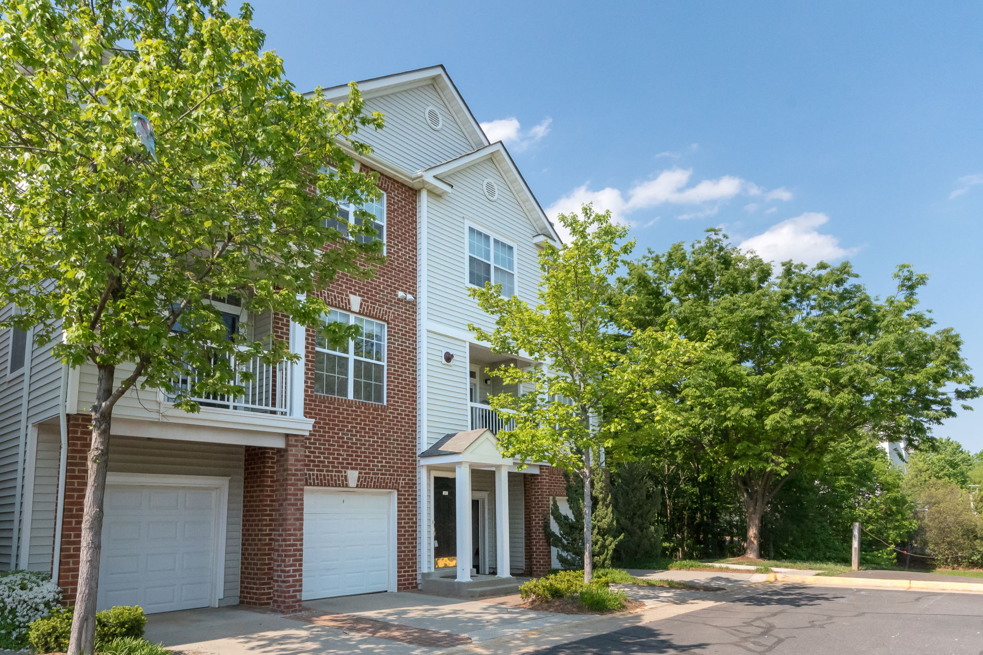 Another Multiple Offer Sale for the Bob Nelson Team in Herndon, VA
