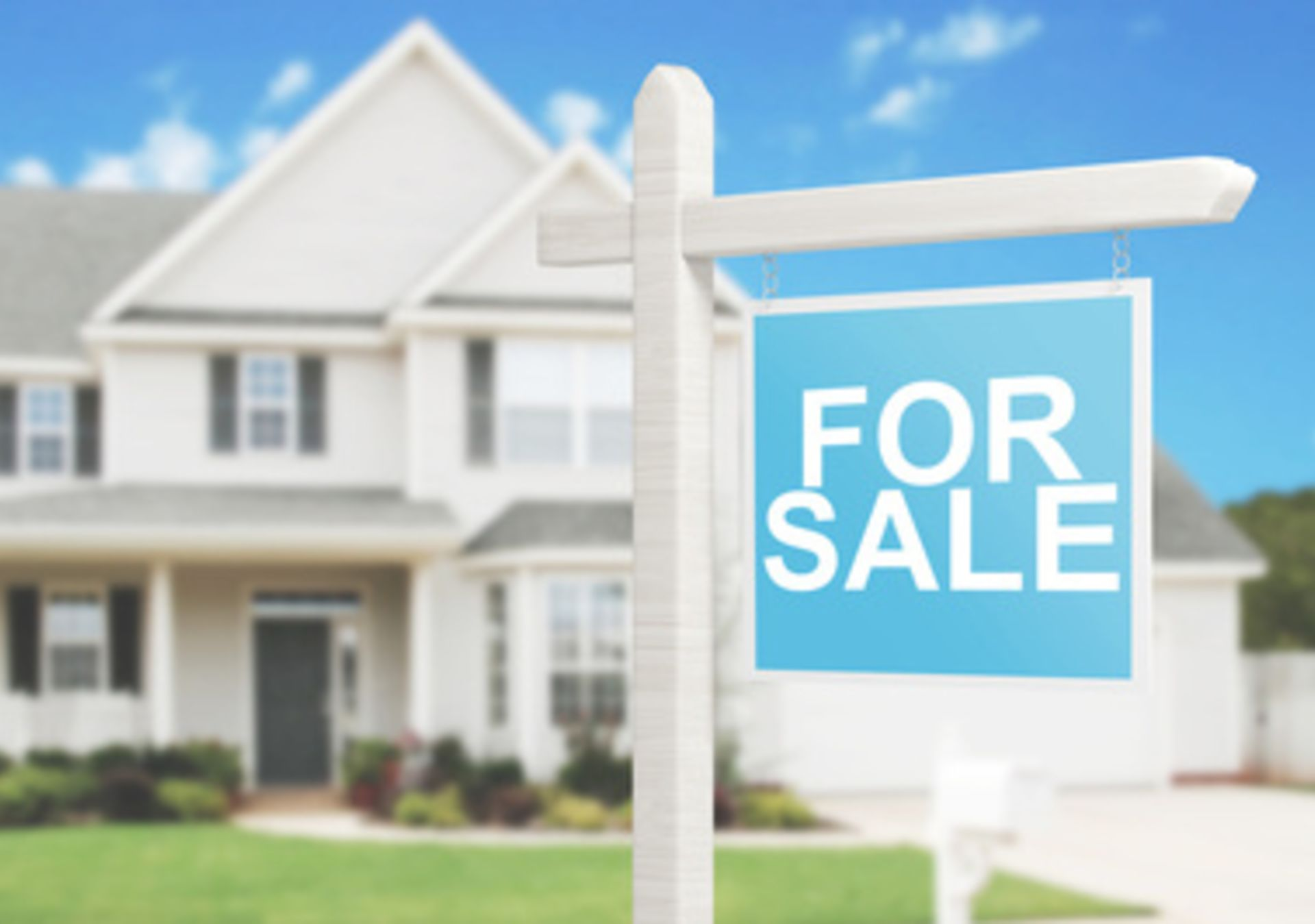 Selling Your Home? Do These 4 Things Before Closing