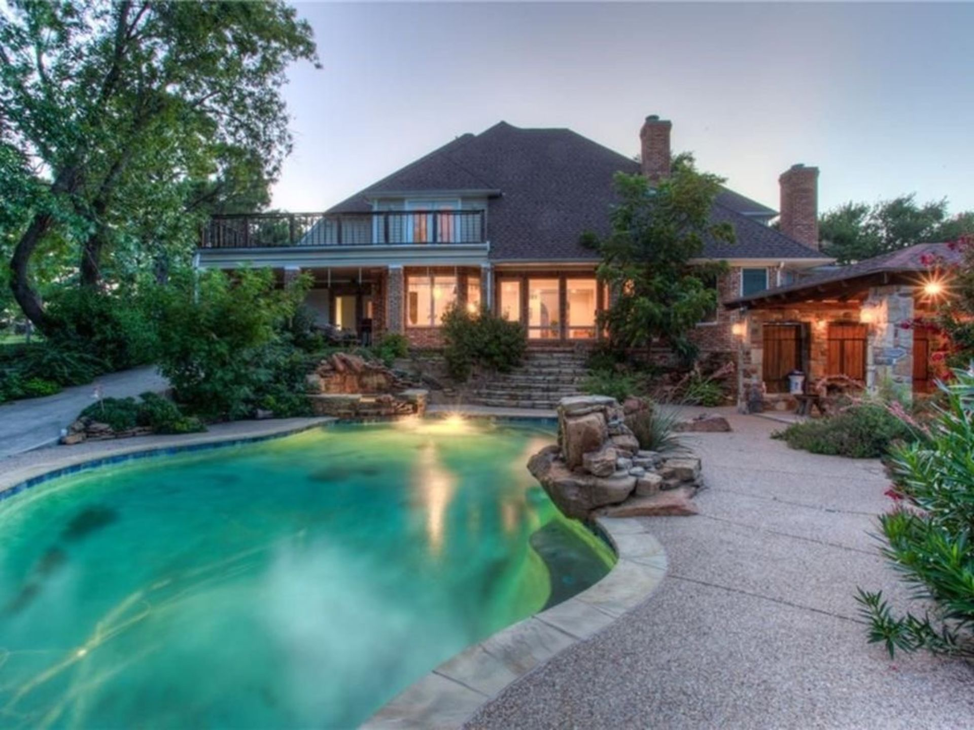 Homes for Sale with Pools!
