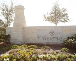 We invite you to the gorgeous community of Riverstone!