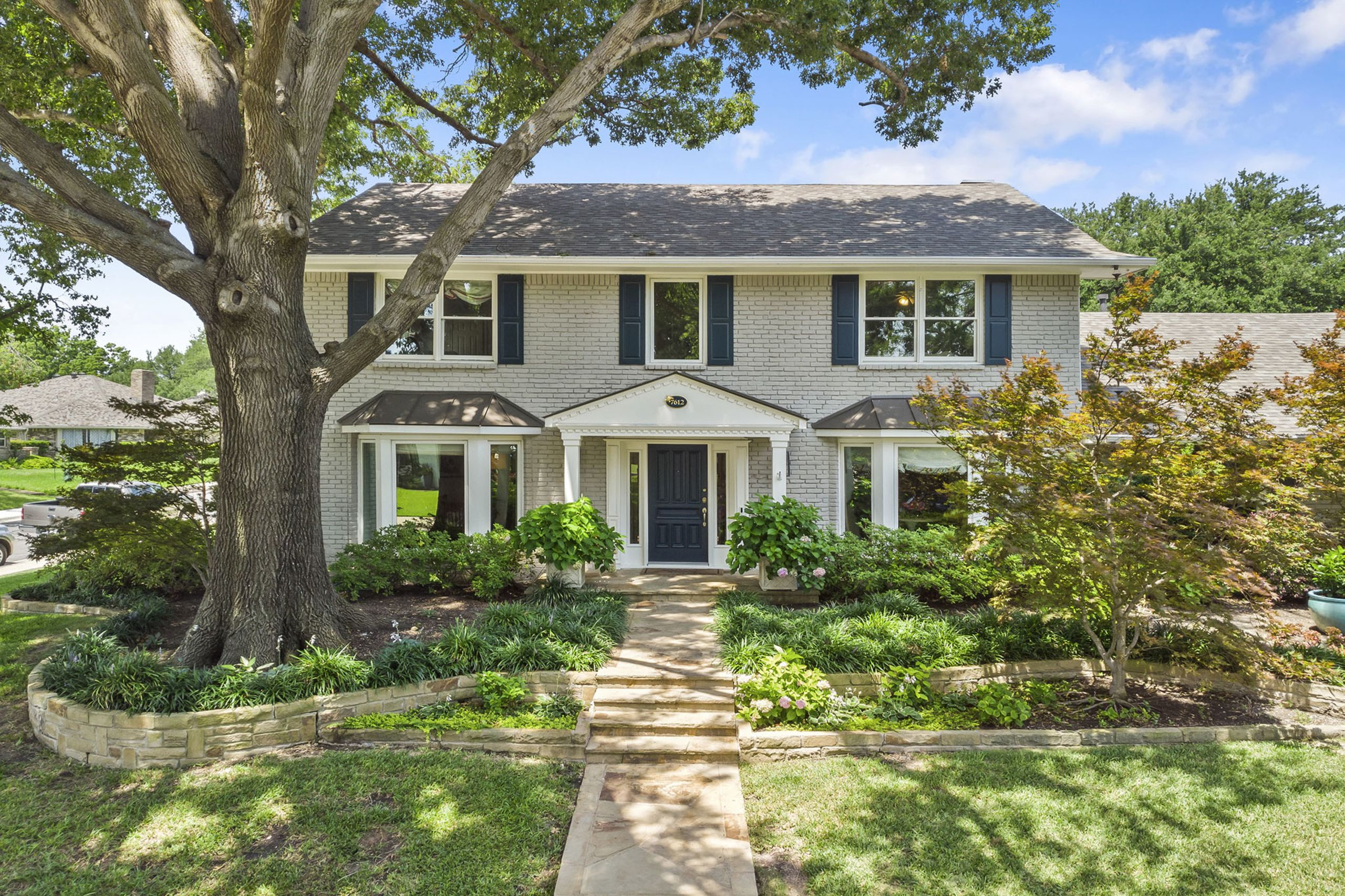 7612 Arborgate Street Dallas, Texas 75231
