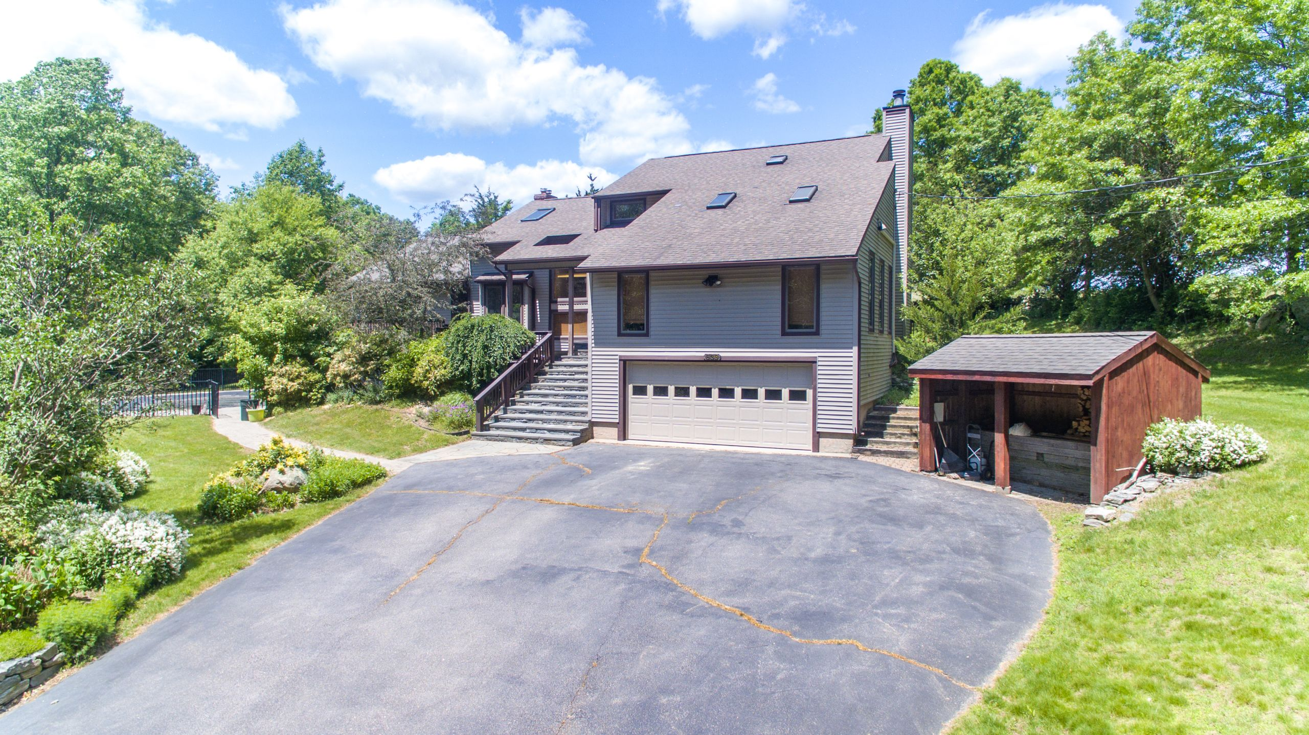 639 New London Turnpike , Stonington CT 06378