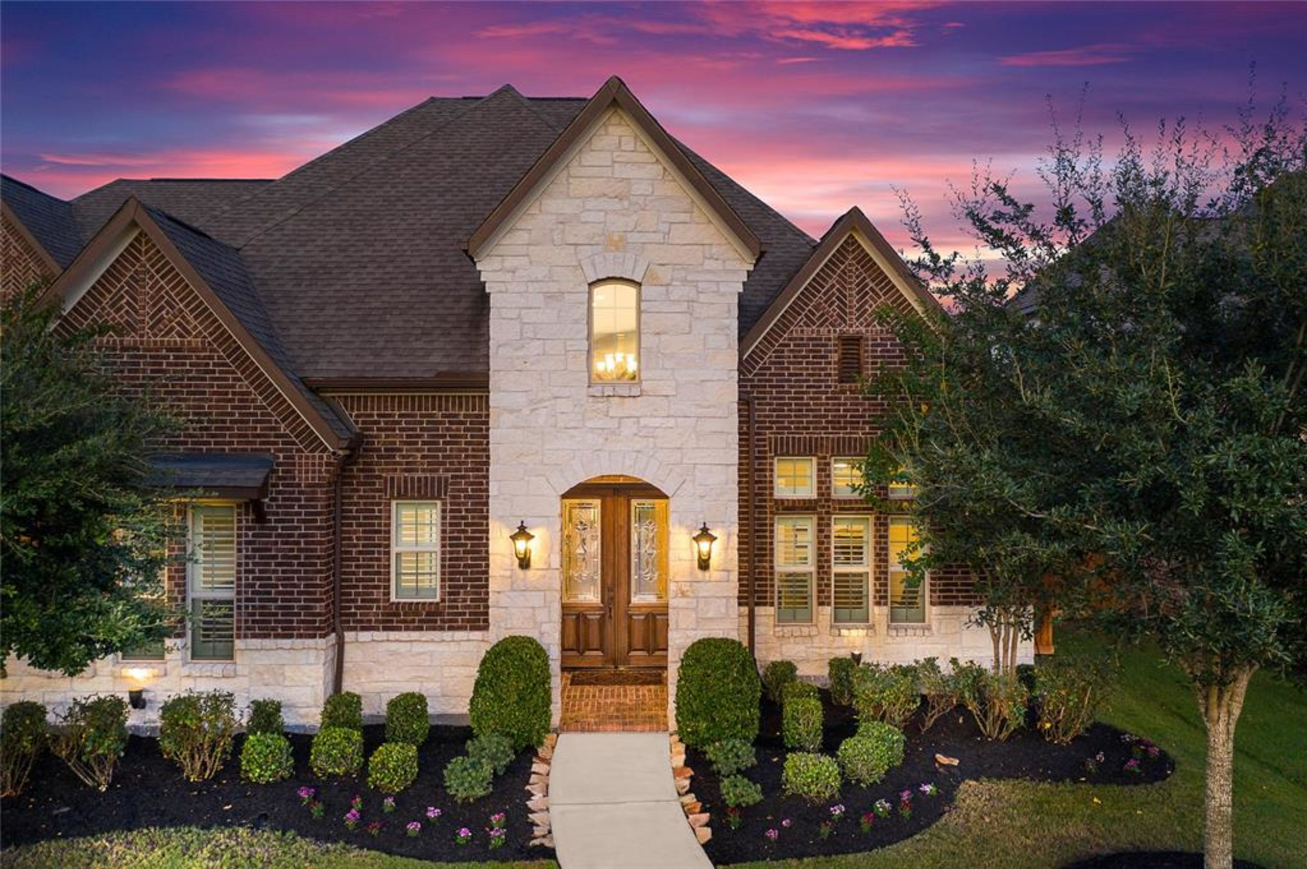 Towne Lake Coventry 5 Bedroom Home in Cypress, Texas