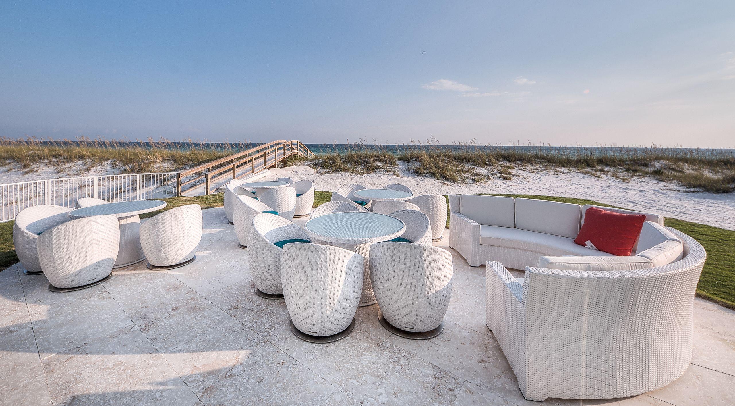 Sold | 618 Gulf Shore Drive | $6,520,000