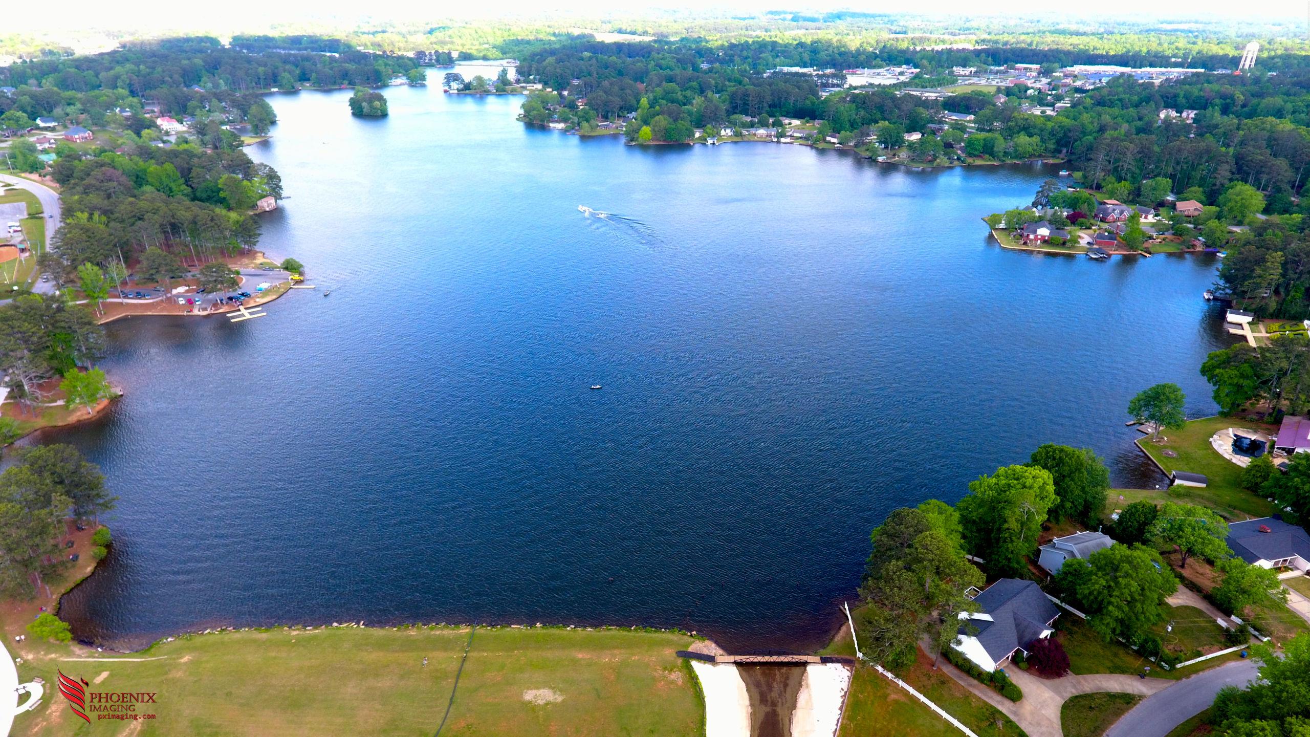 The views at Lake Carroll in Carrollton, Georgia are beautiful.