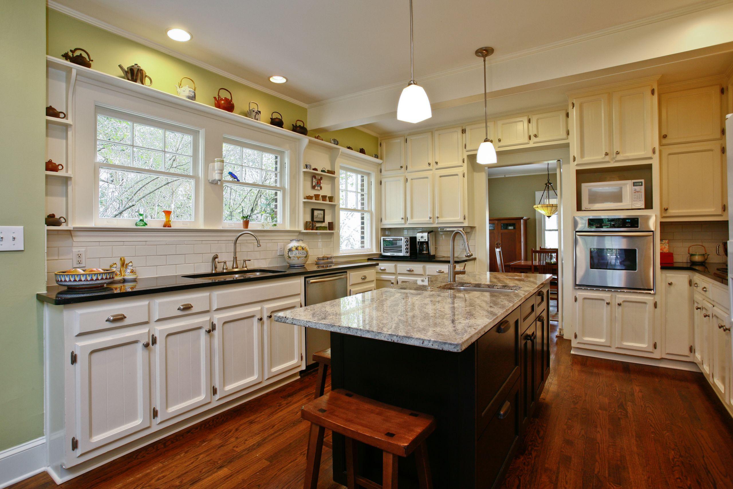 Amazing, Renovated Kitchen