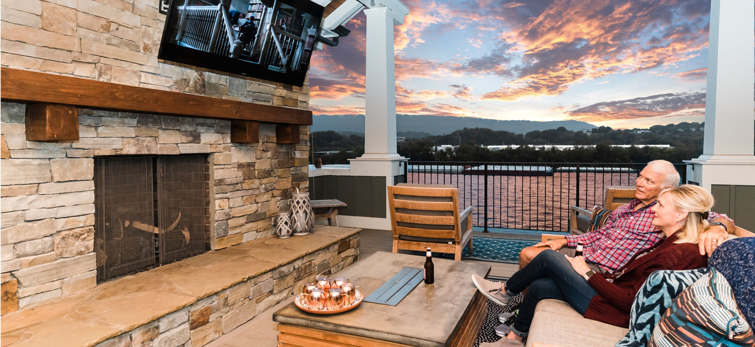 Room sized 4th floor covered terrace overlooks Tennessee River