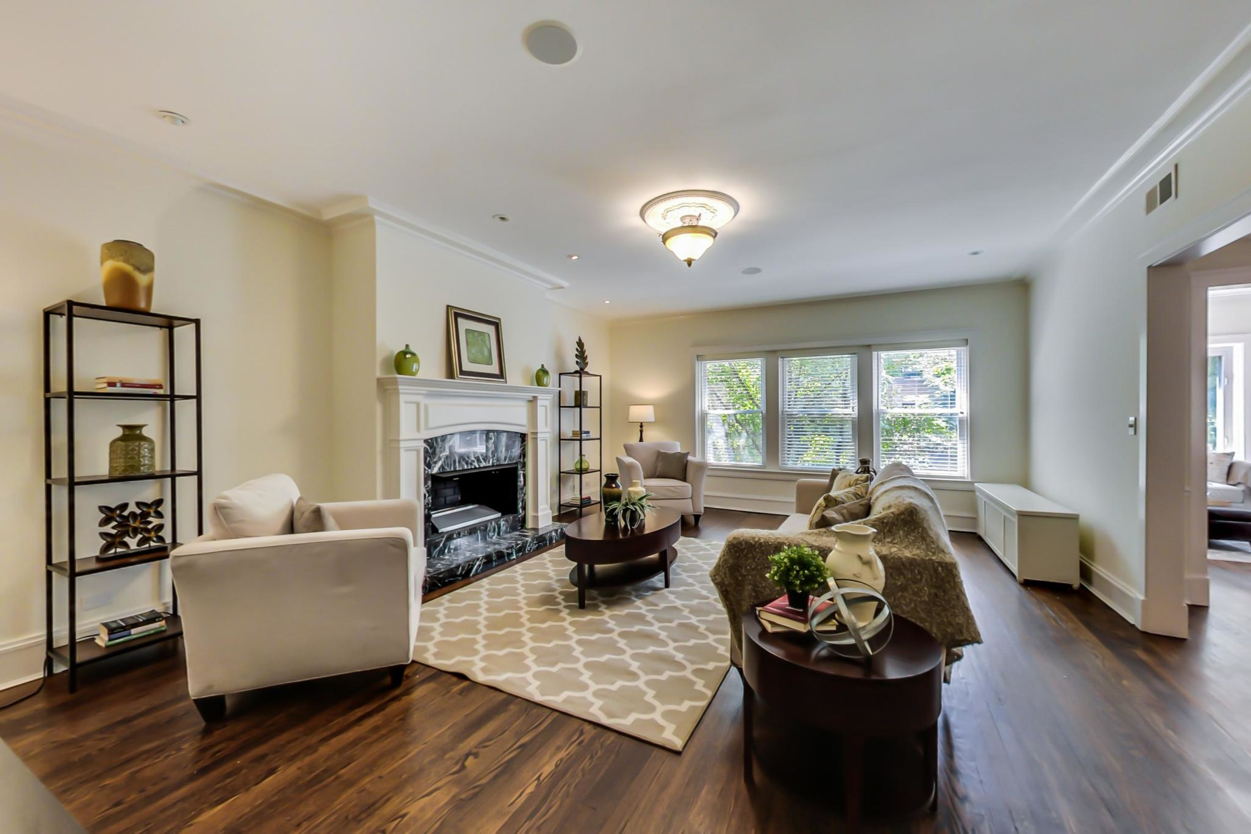 1116 W. Columbia #2W - For Sale