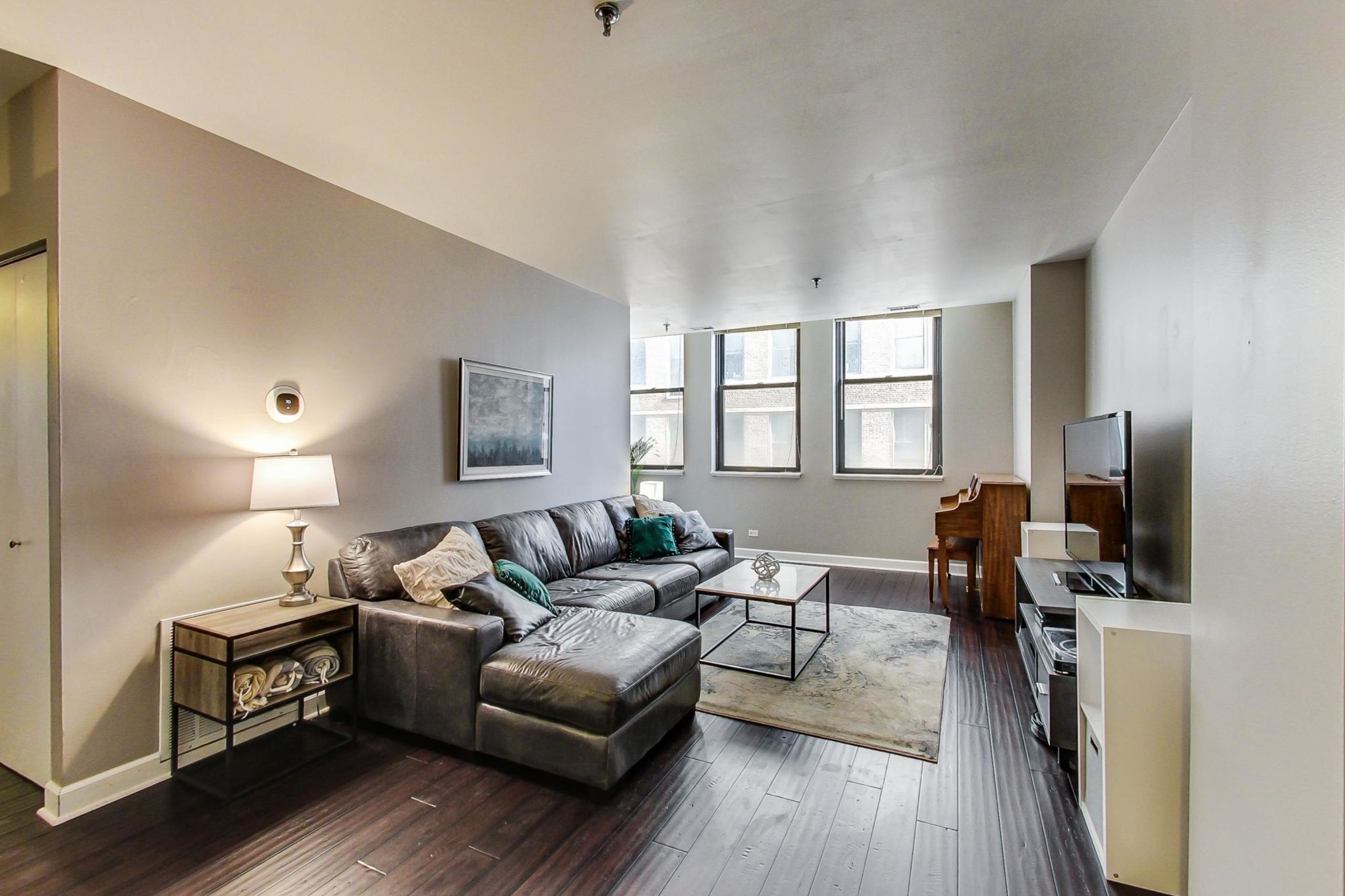 Click Photo For 3D Tour - 780 S. Federal #302