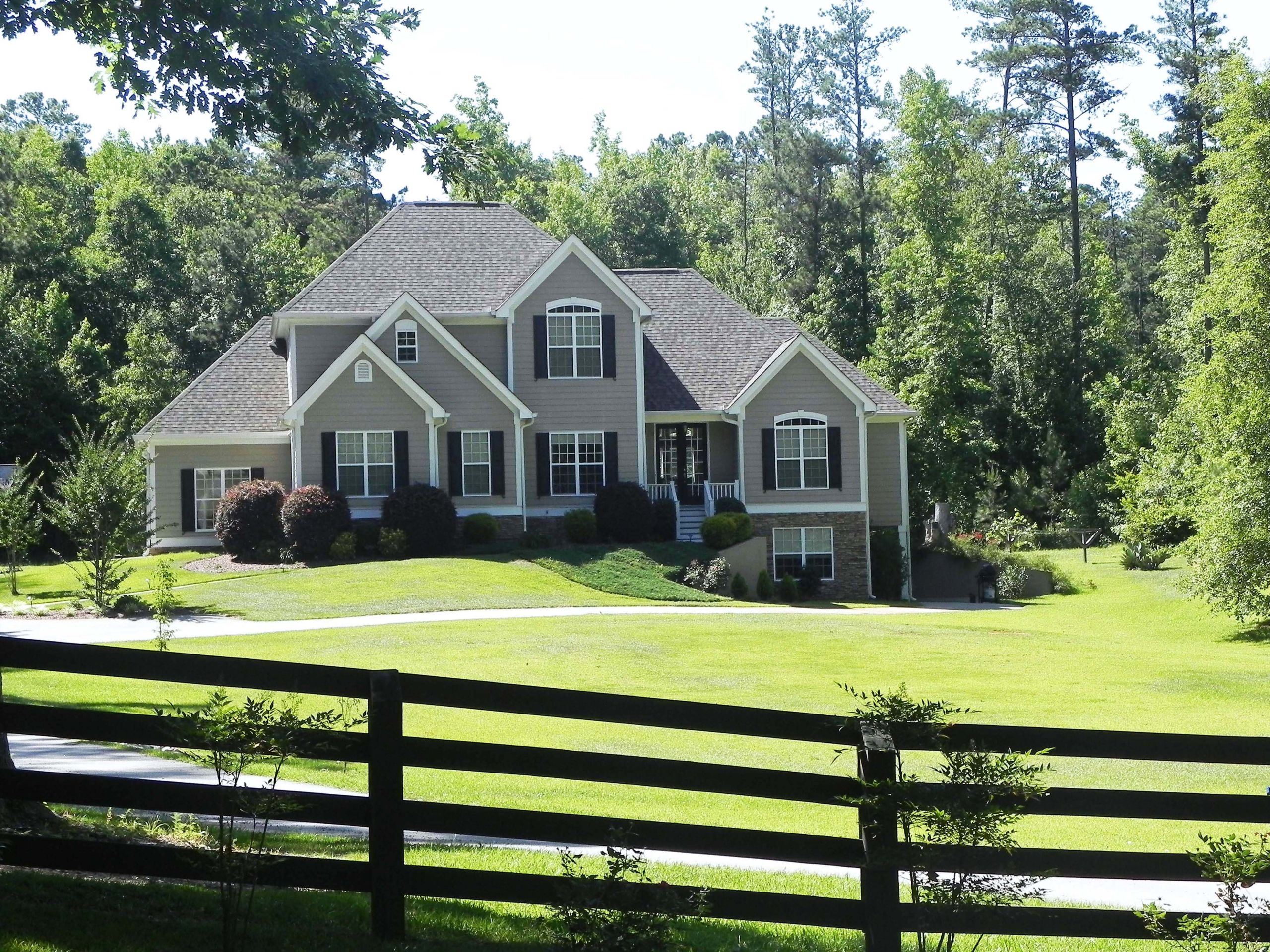 Country Living - Fayette County GA