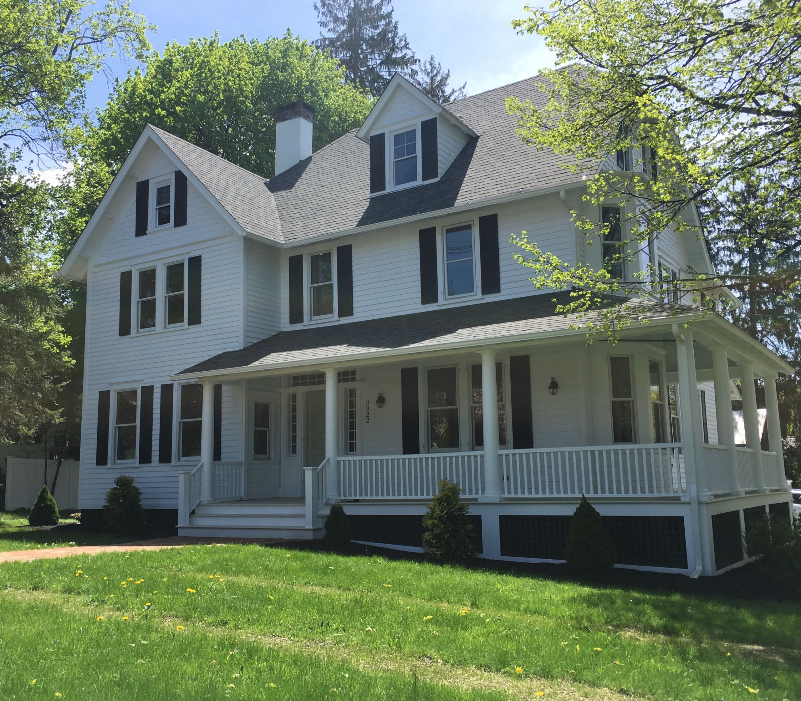 FEATURED LISTING:    Exquisitely Renovated Victorian Home in the Village of Millbrook $725,000