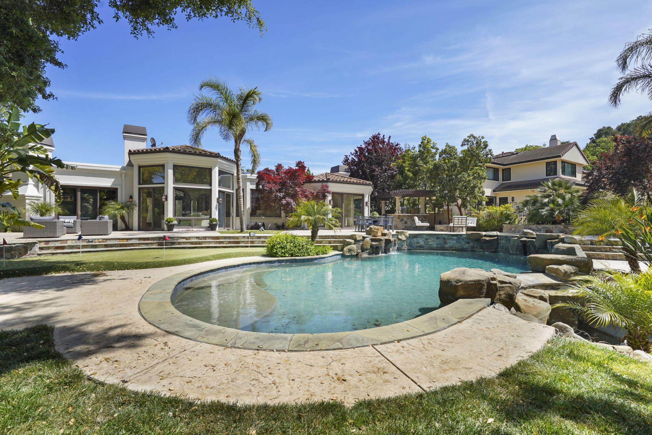 1505 Fairway Drive - Los Altos [sold]