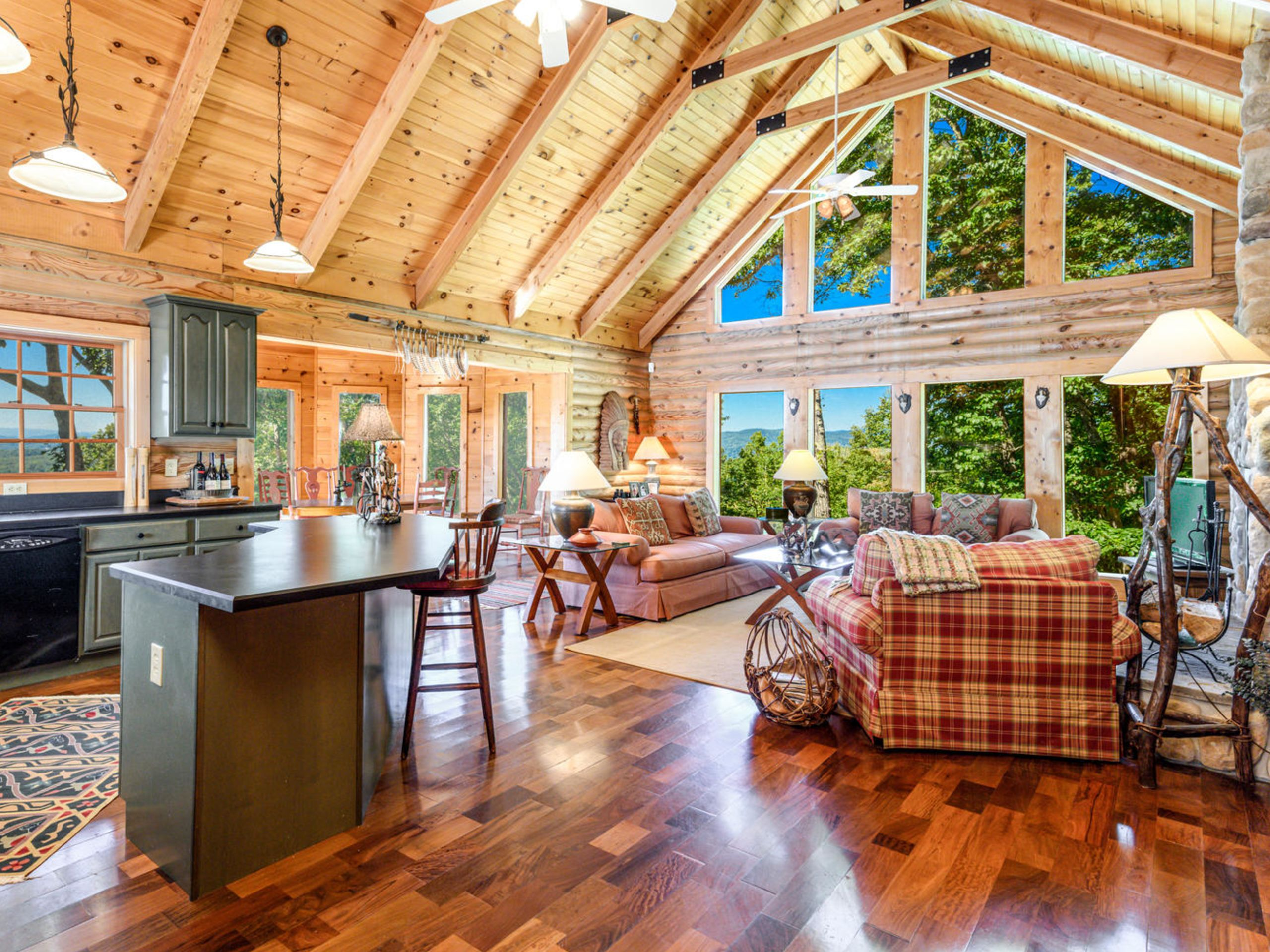 Saluda Log Home
