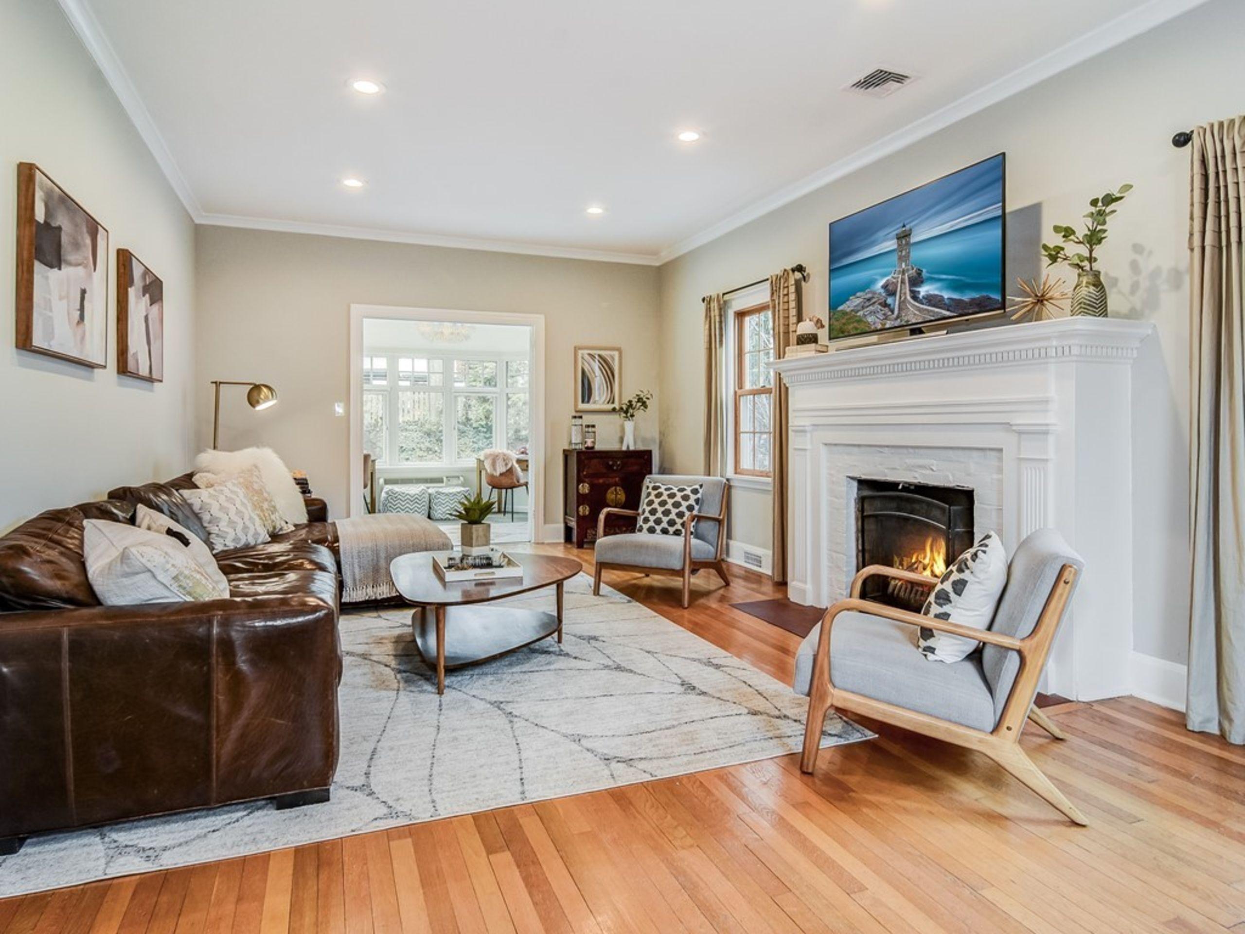 Spacious Living room into Sunroom