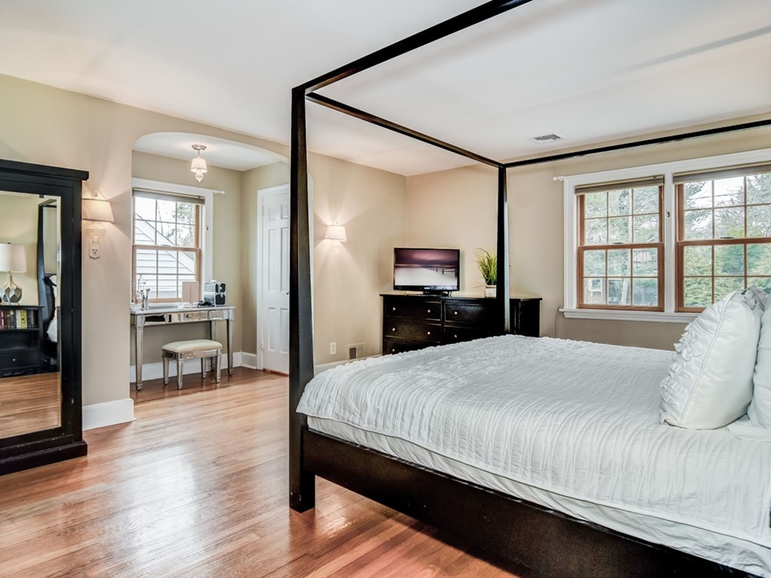 Master Bedroom and EnSuite Bath
