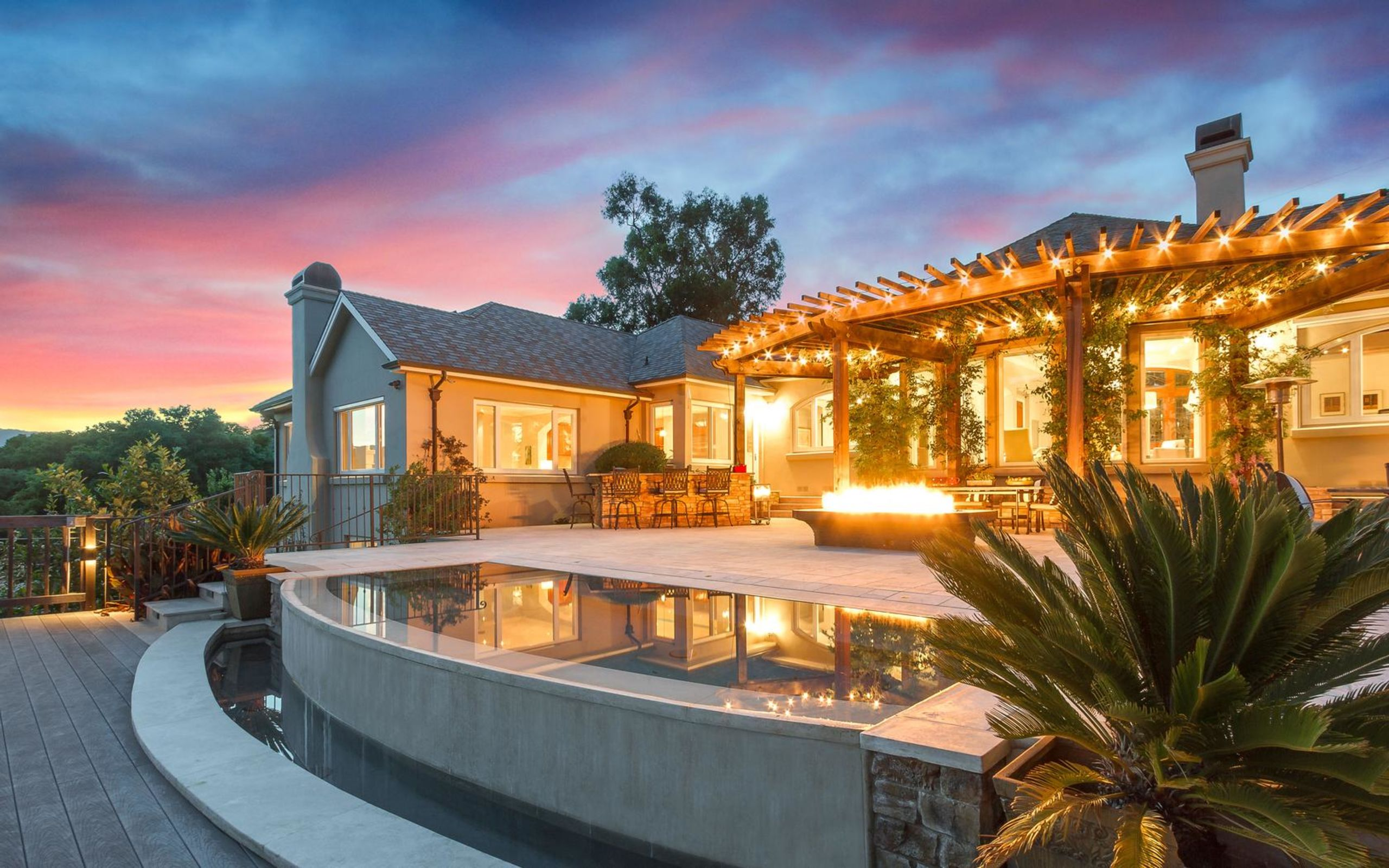 As an experienced Realtor of luxury properties, Jim utilizes the latest in video, 360-degree and drone technologies to showcase your home. This beautiful photo was included in the brochure of one of his luxury listings in Los Gatos Hills, CA.