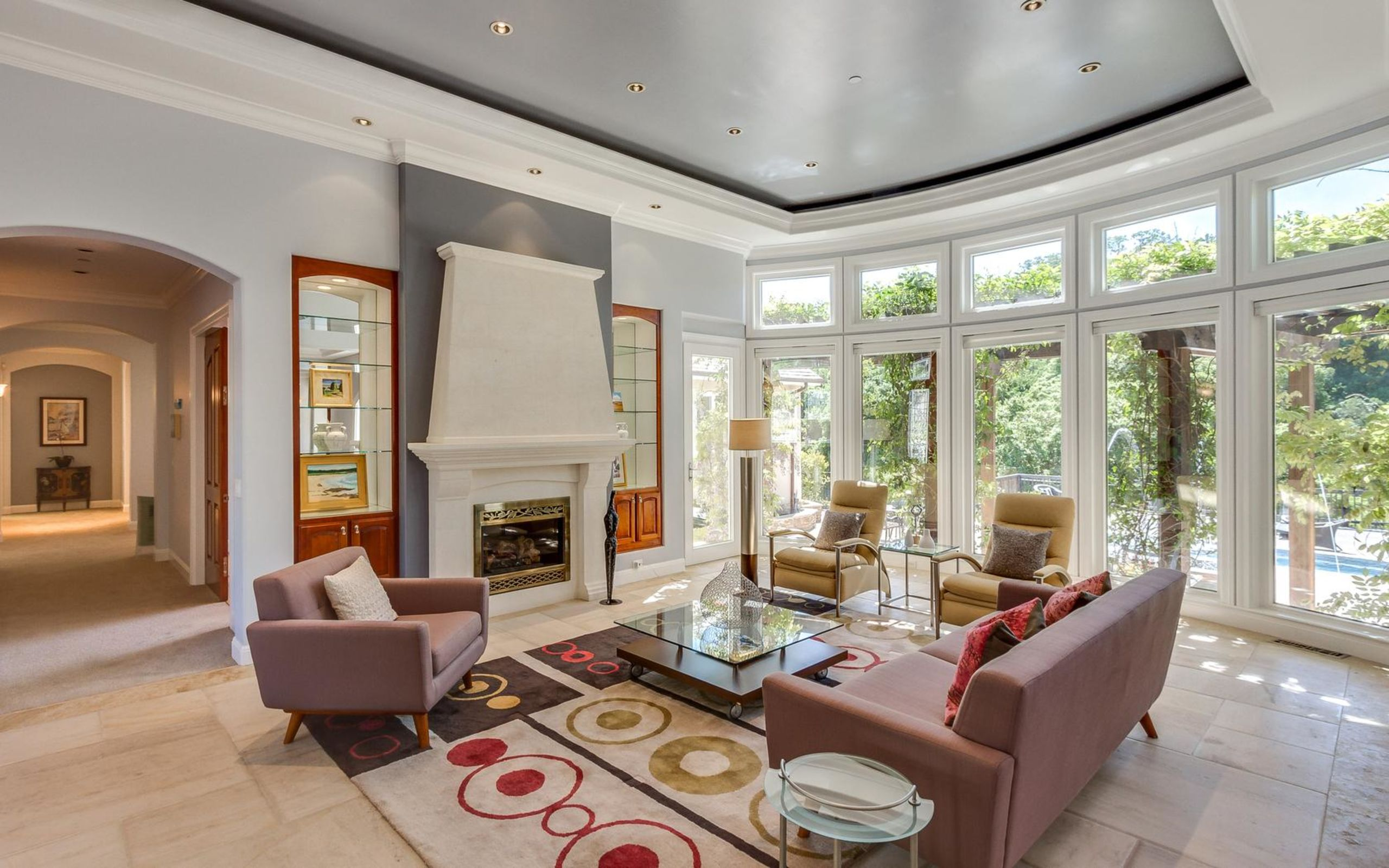 Through complimentary staging of your home, Jim personally ensures your house will receive top dollar.