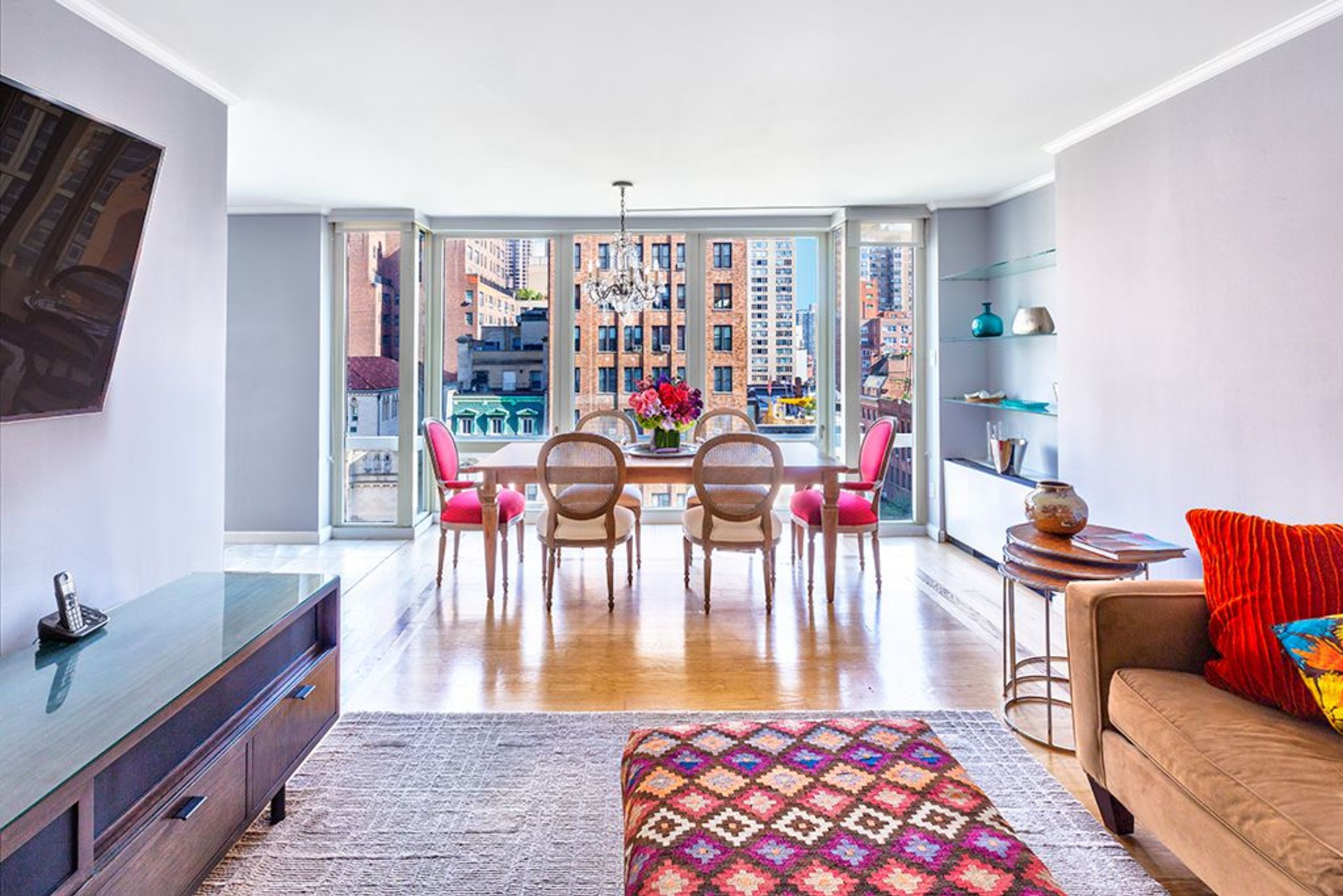 Full floor apartment in the middle of Manhattan - CLICK HERE