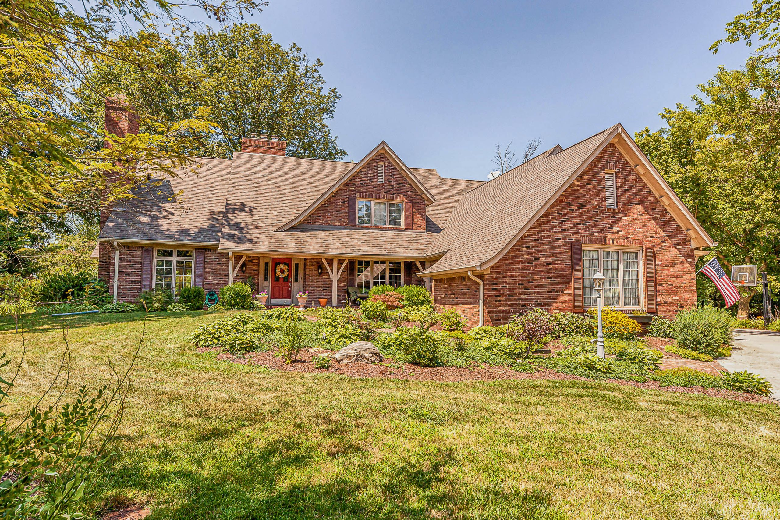 PENDING! 9228 Seascape Drive, Indianapolis, IN 46256. $499,900. 5 bed/4 bath home with almost 6000 sq. ft!
