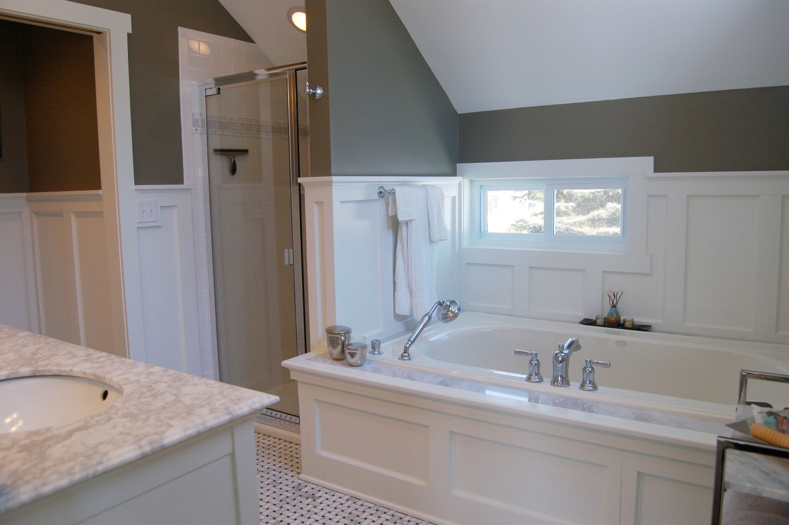 Spoil Yourself with a Luxurious Bathroom Space!