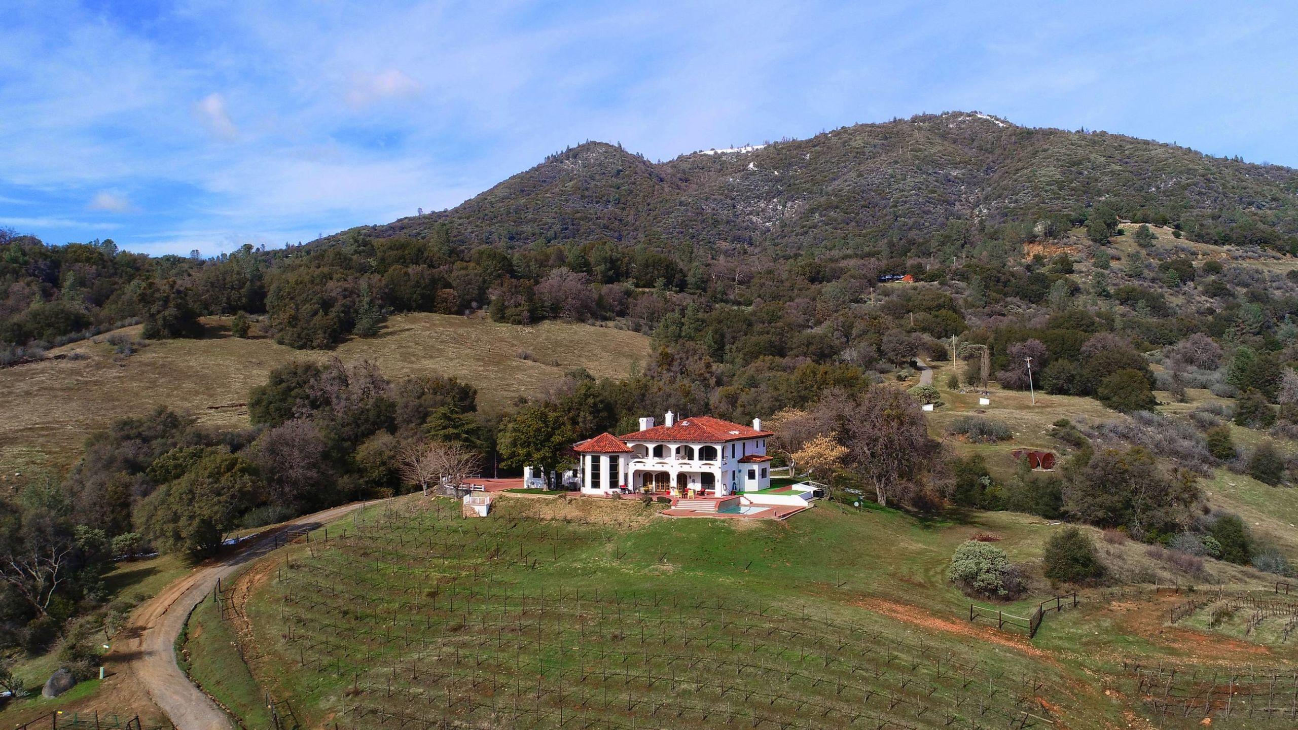 Sierra Winery Estates