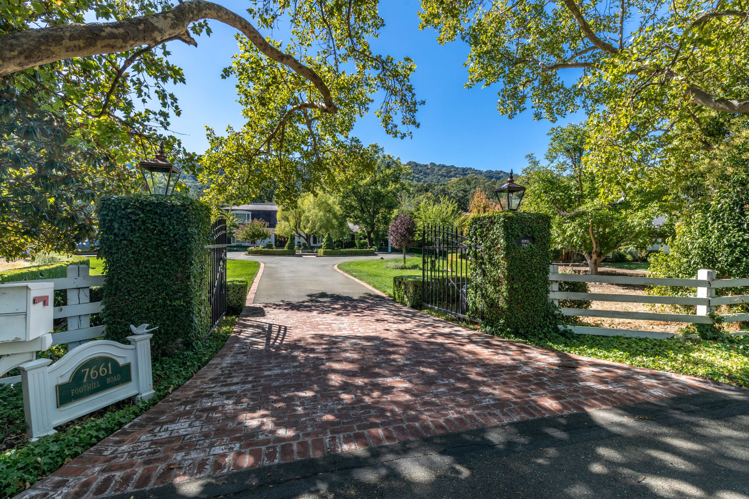 REPRESENTED SELLER, SOLD BY CYN $3,520,000  GORGEOUS ESTATE!