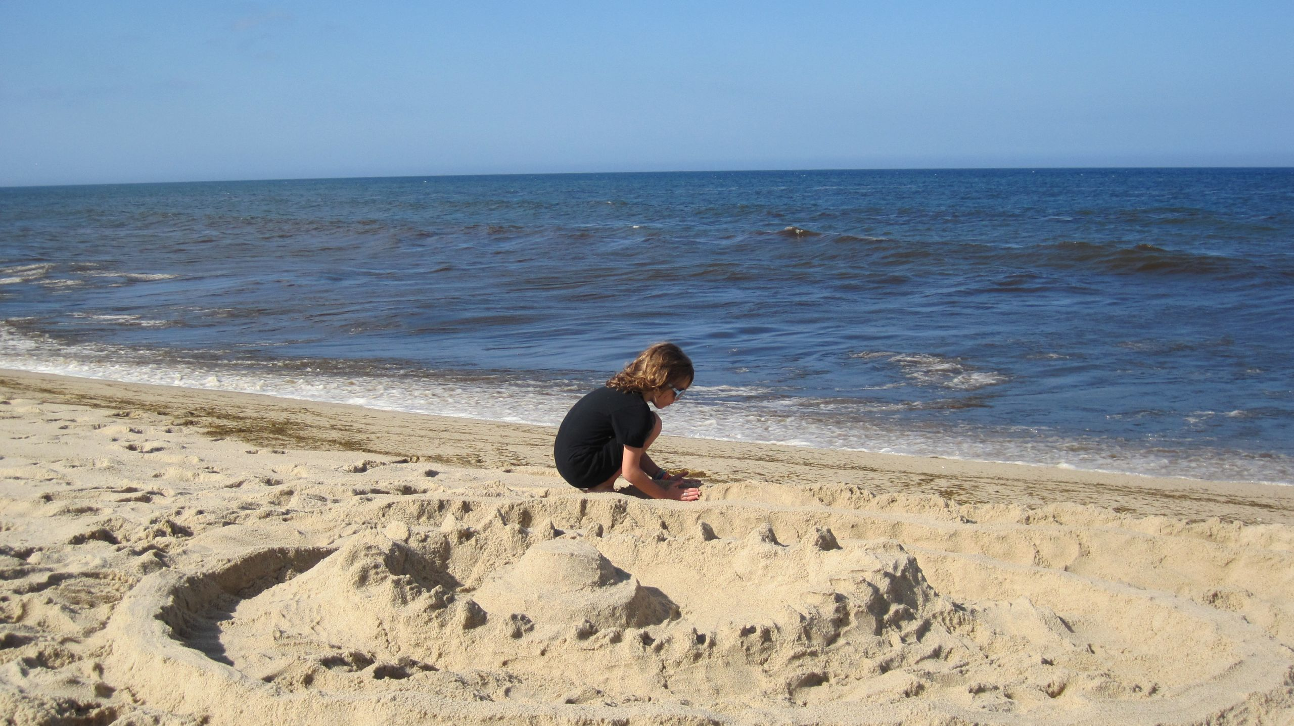 SAND CASTLE AT NEWCOMB HOLLOW