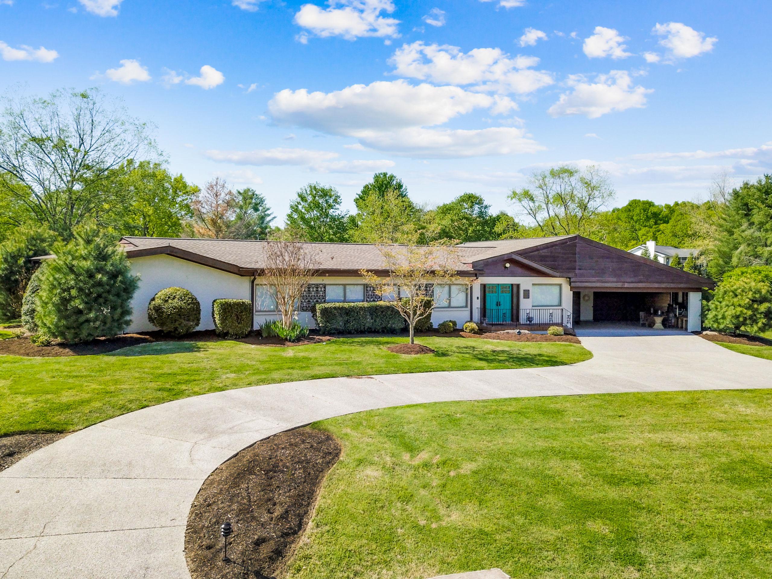 Mama Cash's house in Hendersonville, TN