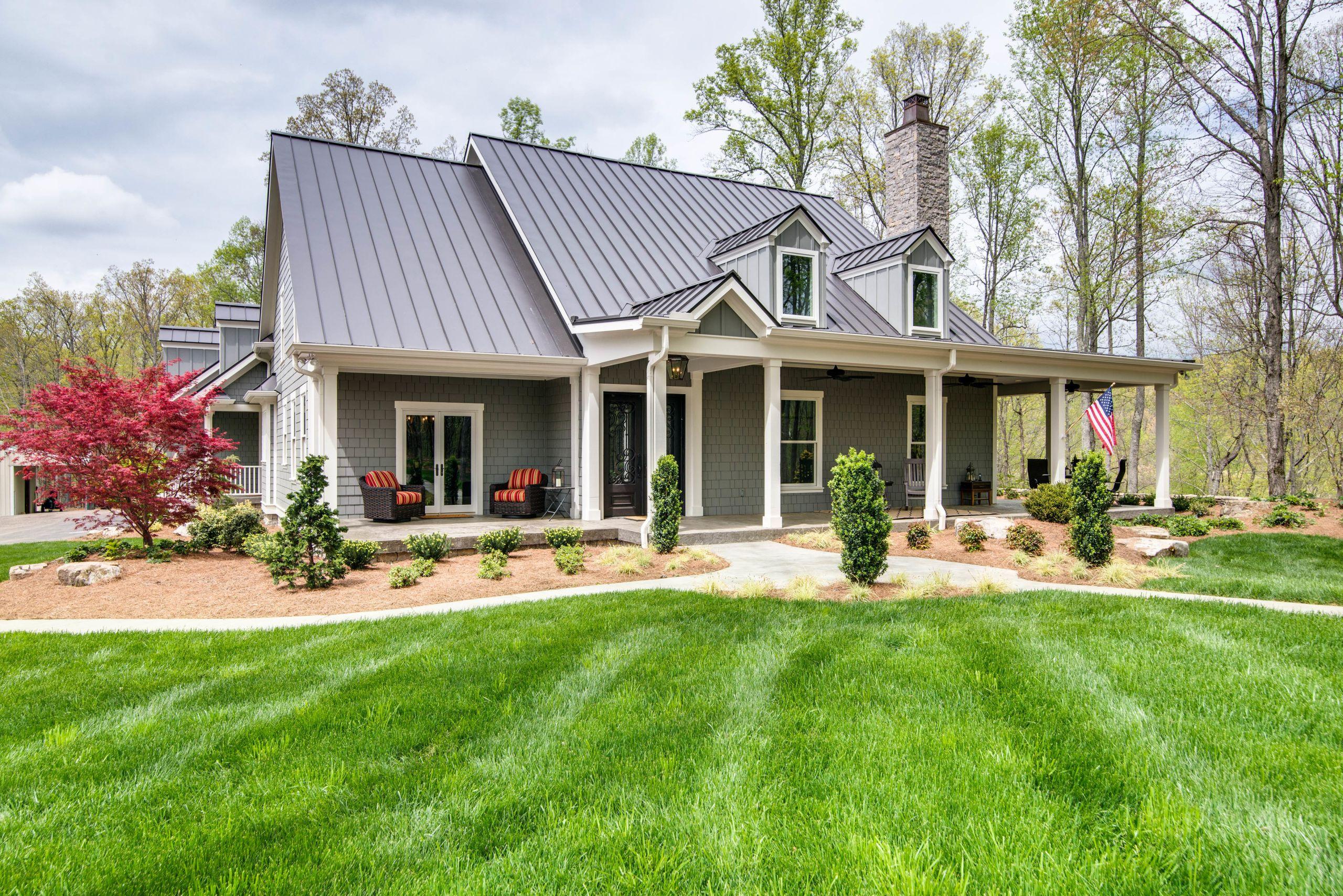 Custom built home in Leipers Fork