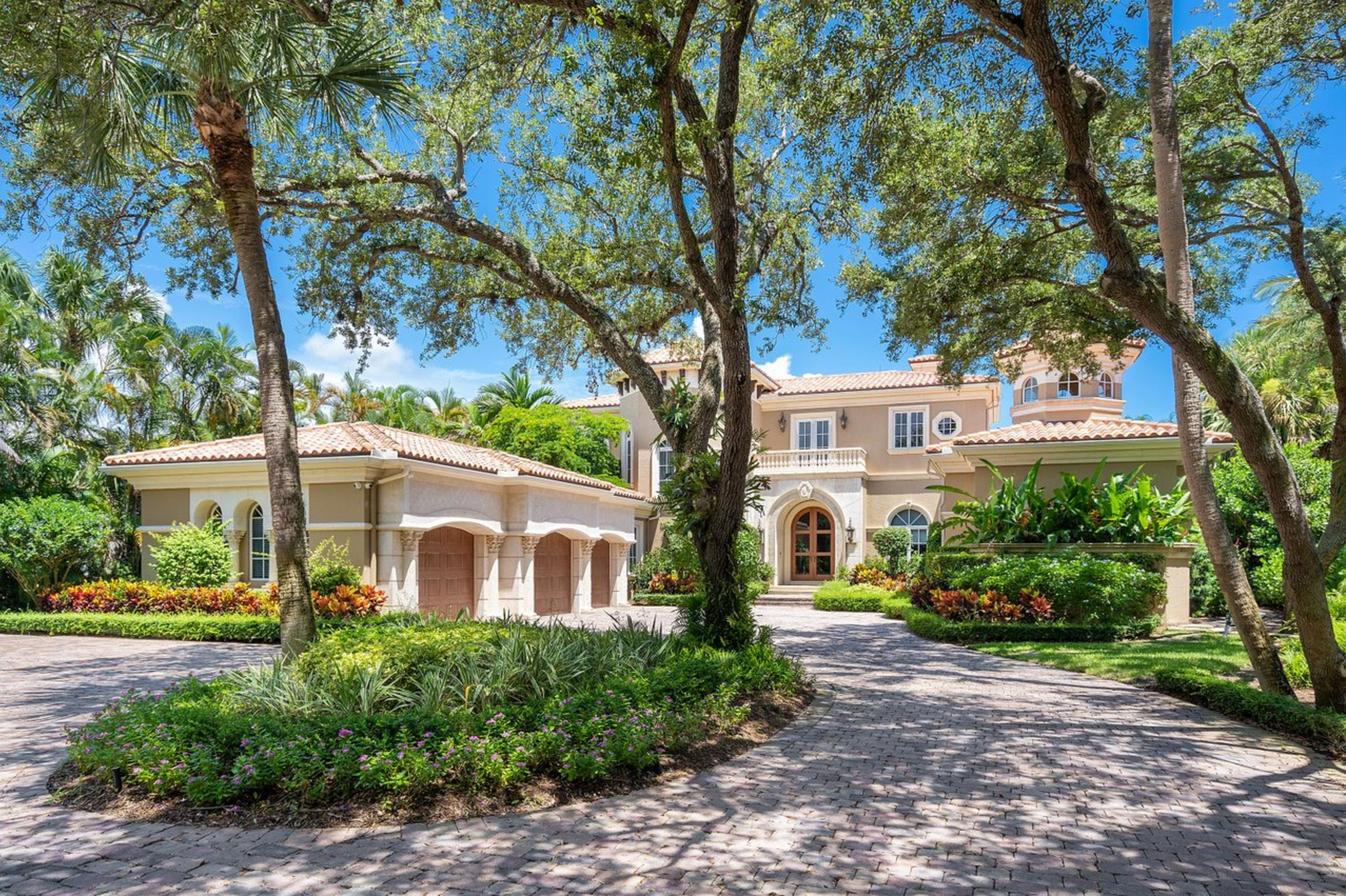 JUST LISTED!!! $7,350,000.00 Click for video