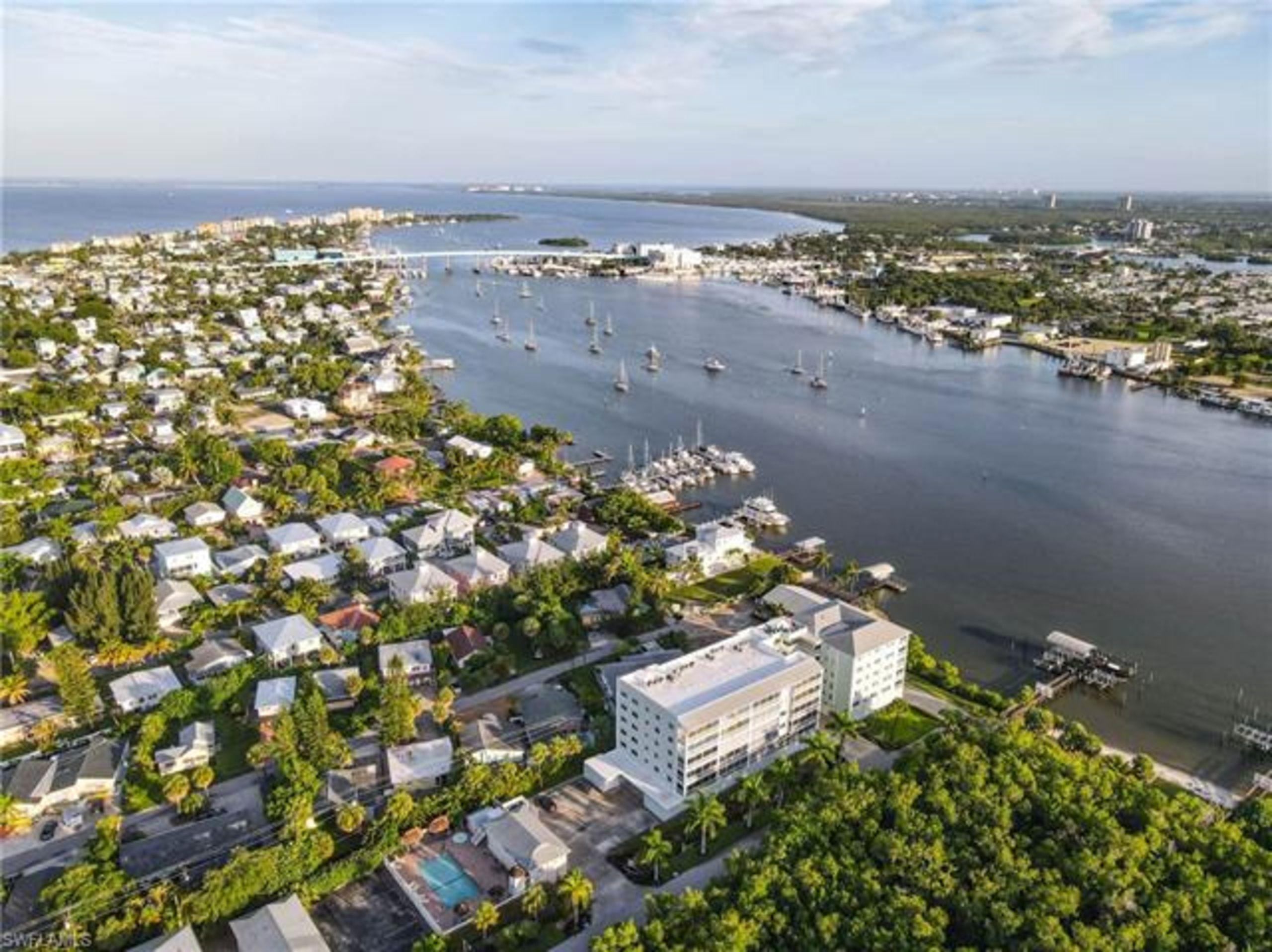 Bayfront 3 bedroom, garage and dock! $489,000
