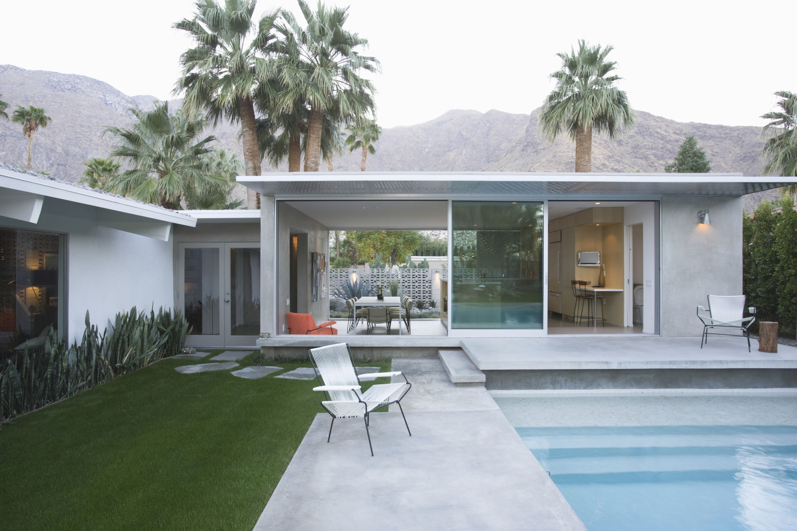 Mid-Century Modern Beauty