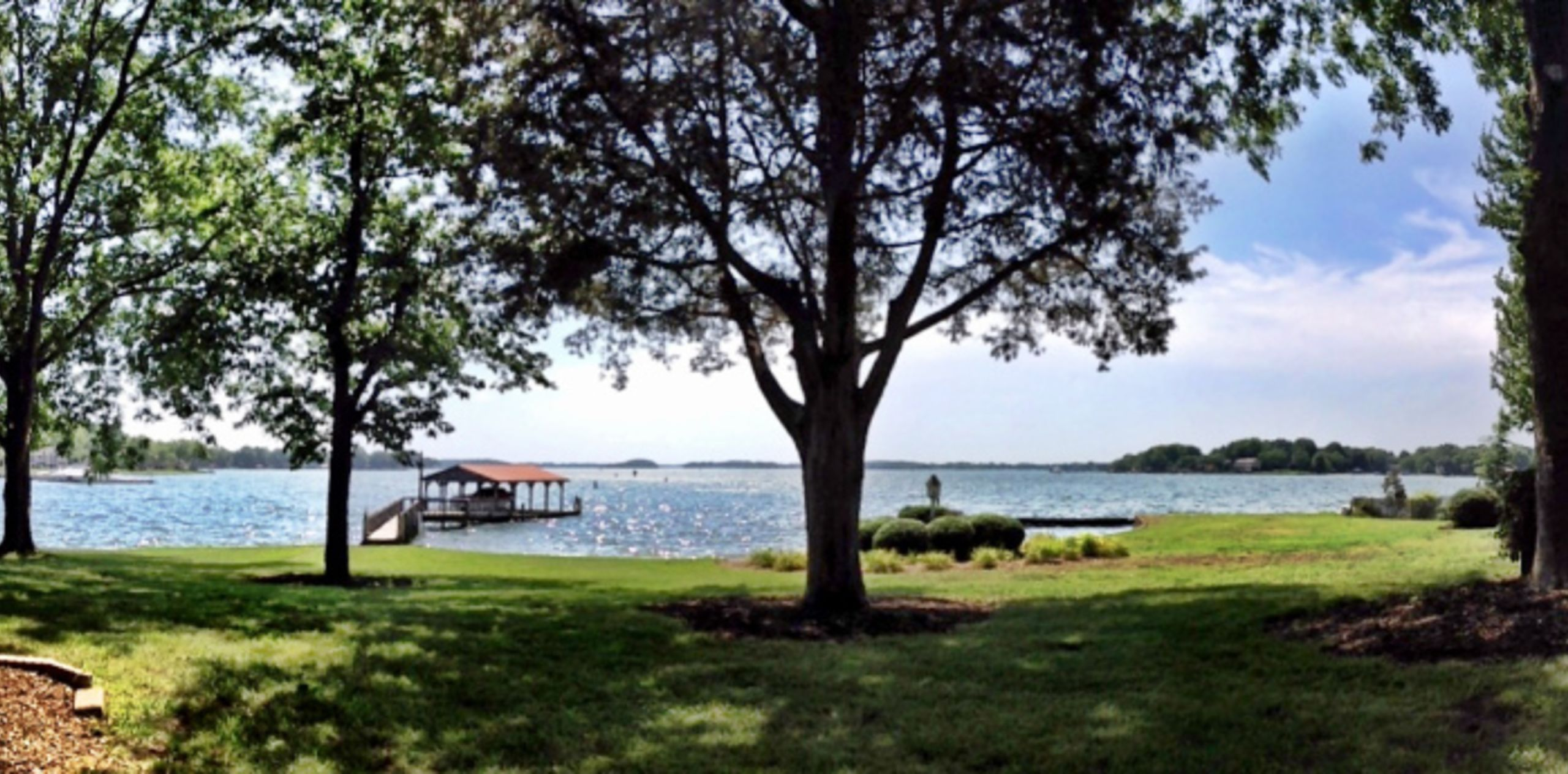 Whether you prefer waterfront views of Lake Norman...