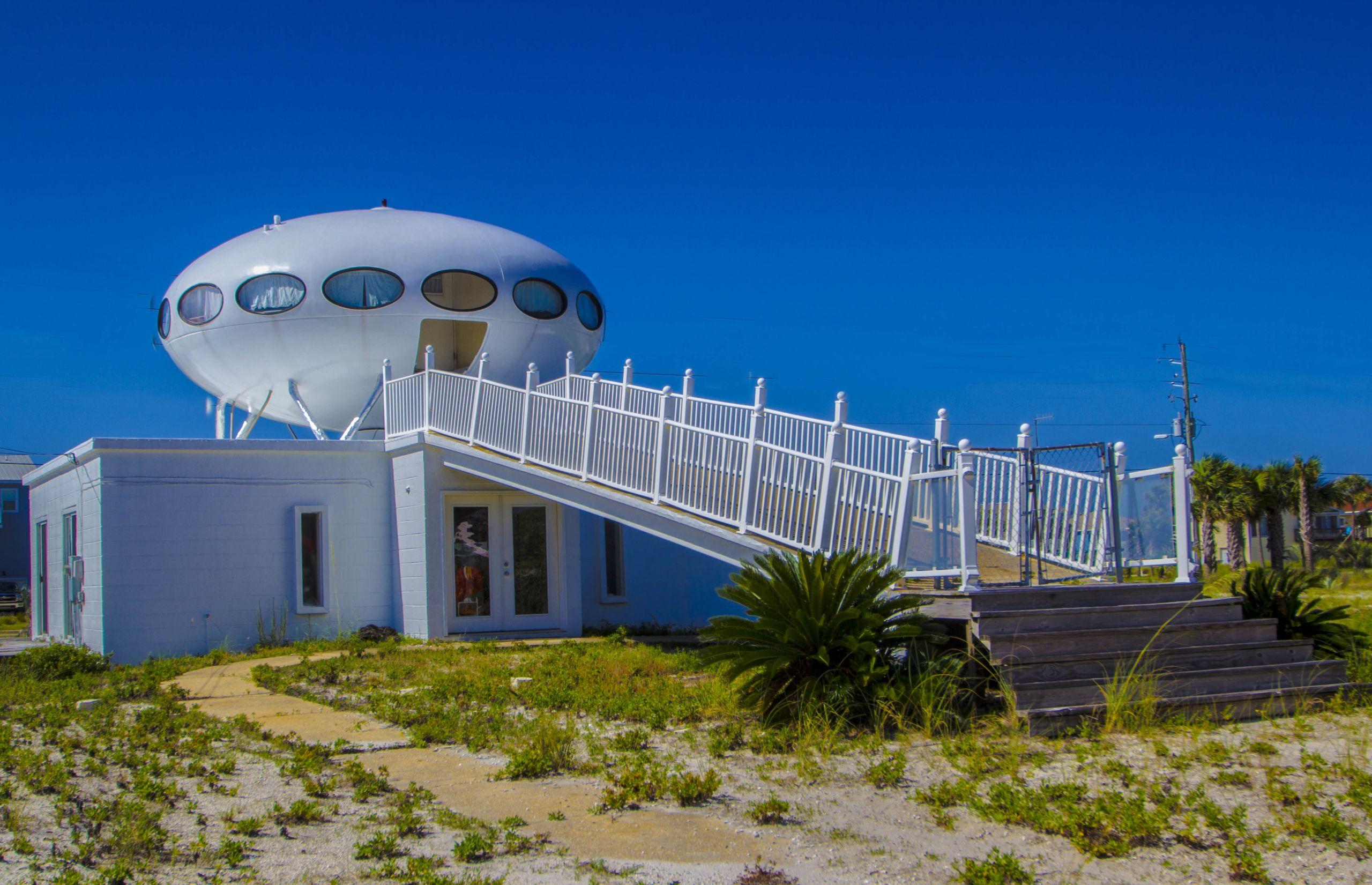 Famous UFO House