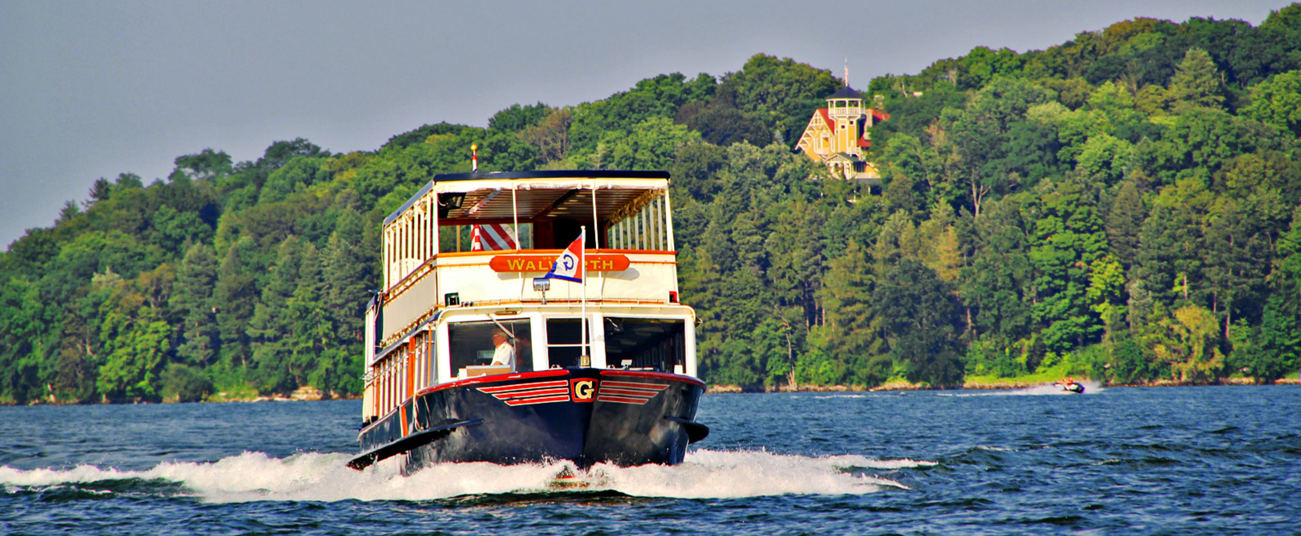Walworth II Mailboat Leaving Black Point Museum on Lake Geneva