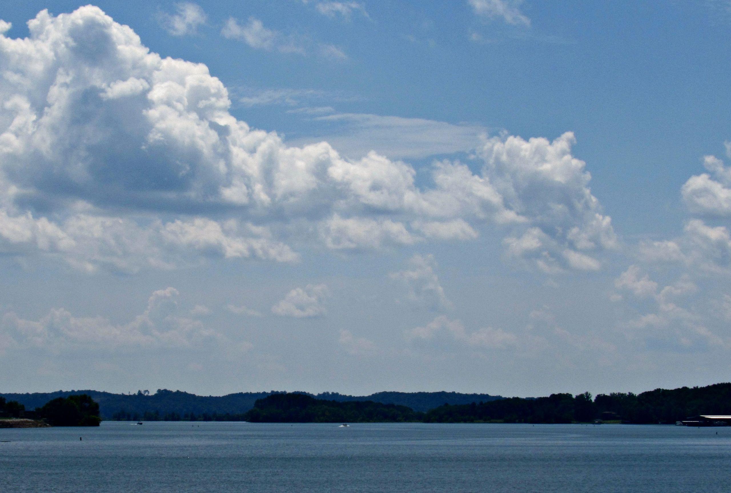 Lake Hartwell, South Carolina - Lake Life Realty