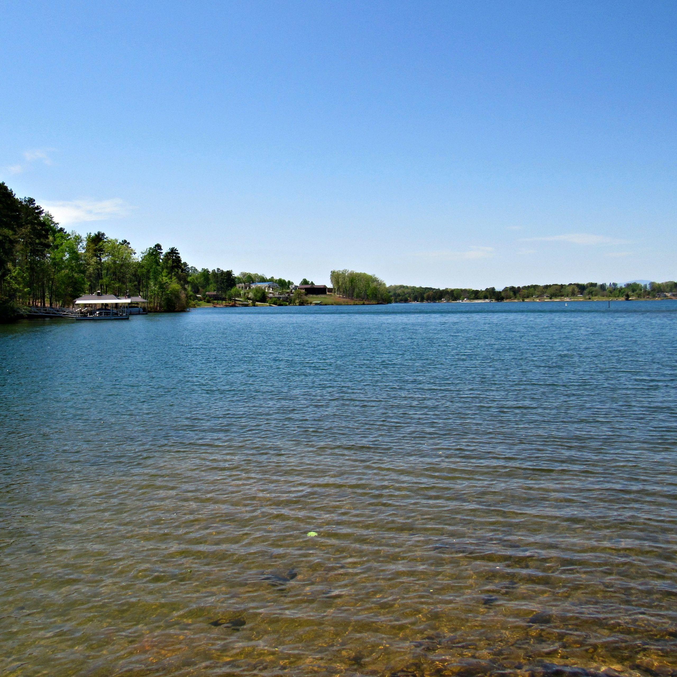 Lake Keowee, South Carolina - Lake Life Realty